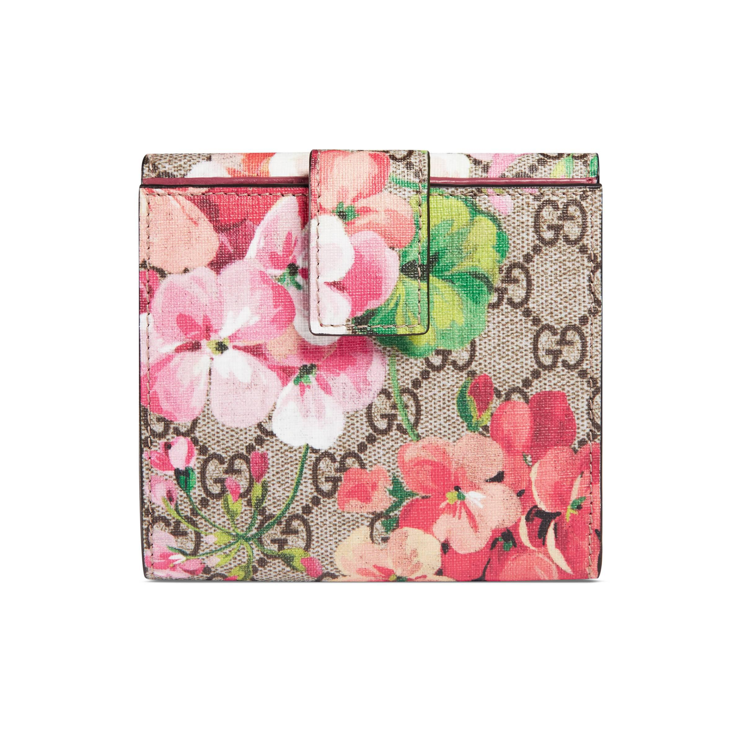 0cc57b1aa8c Gucci GG Blooms French Flap Wallet in Natural - Lyst