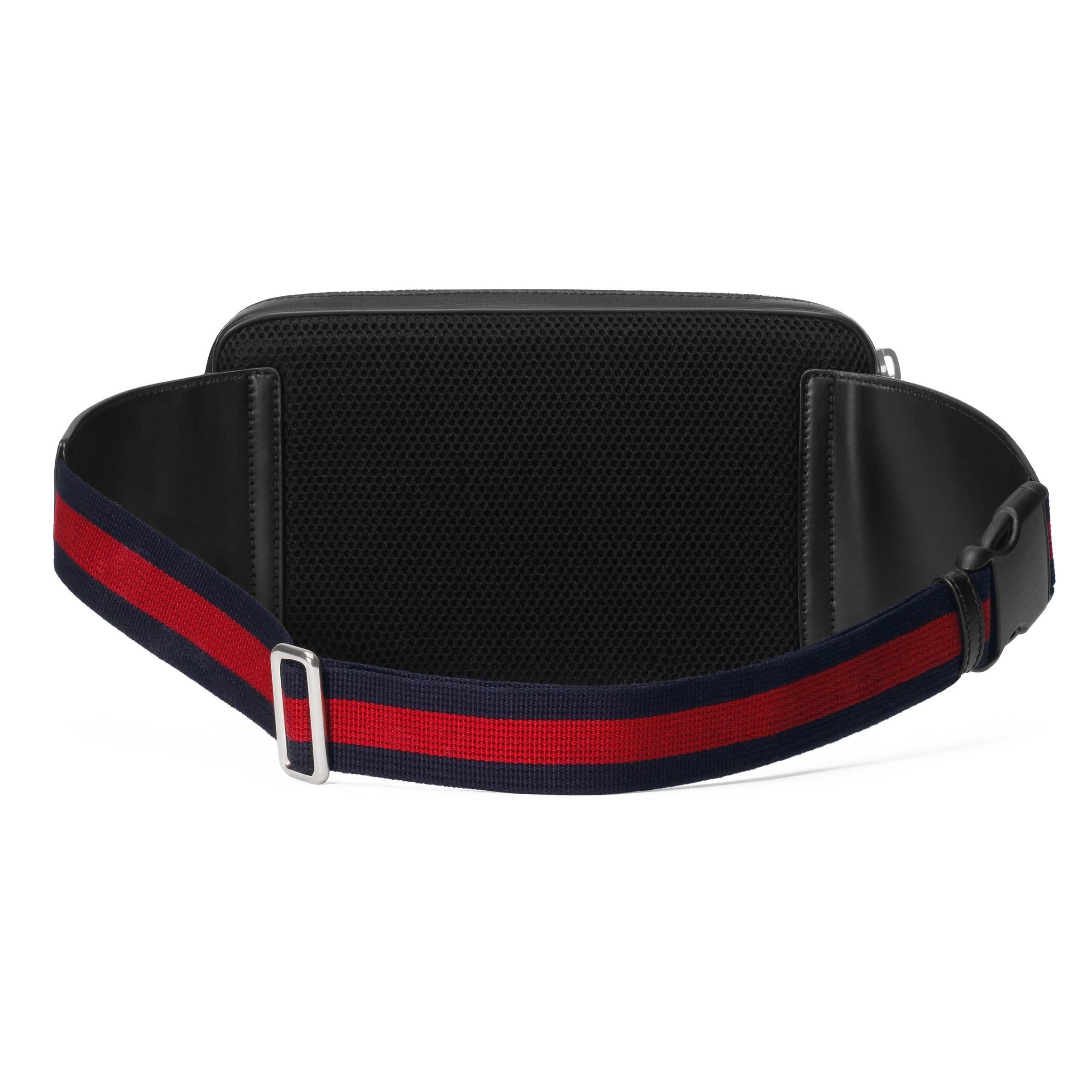 01bb1bfc4d0 Gucci - Black Sac ceinture en toile suprême GG souple for Men - Lyst.  Afficher en plein écran