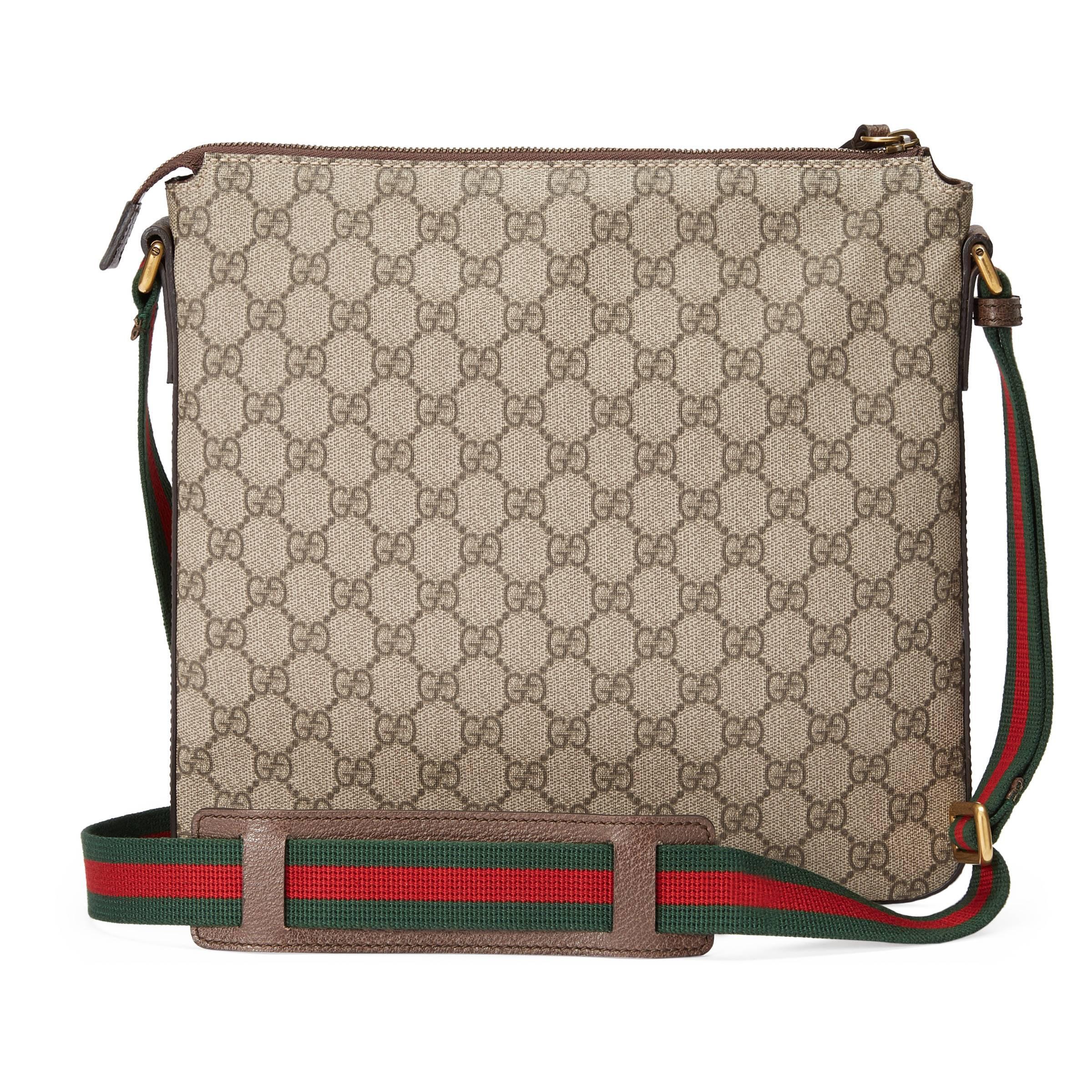 Gucci - Multicolor Sac à bandoulière en toile suprême GG souple avec motifs  Courrier for Men. Afficher en plein écran b9595590d0b