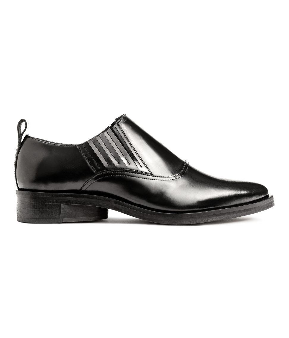 h m pointed leather shoes in black lyst