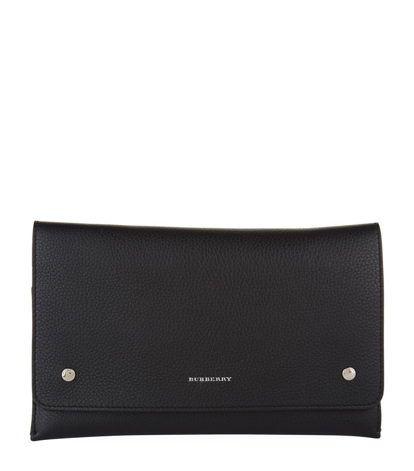 e36c1e098647 Lyst - Burberry Leather Wristlet Clutch in Black