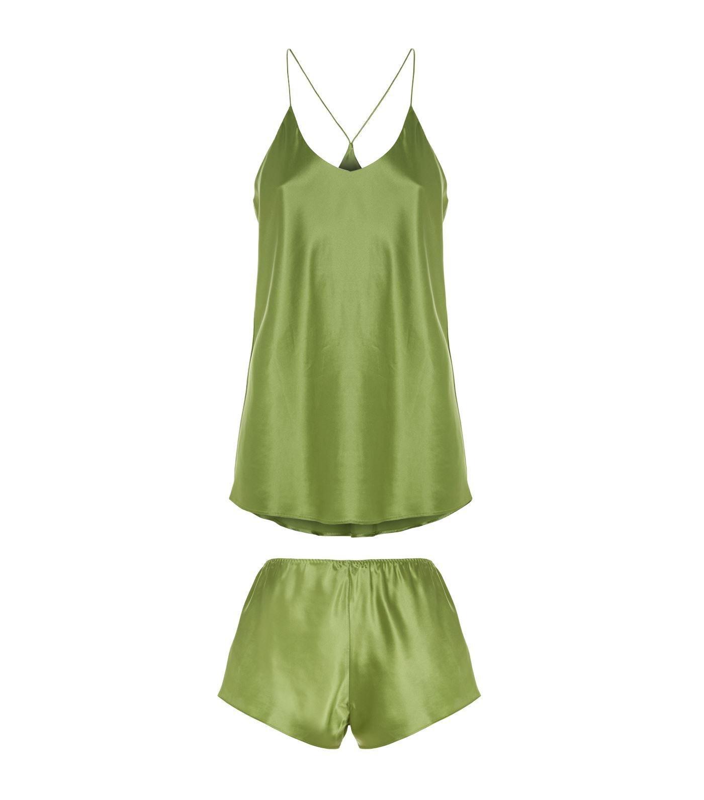 Olivia Von Halle Bella Matcha Short Pyjama Set in Green - Lyst 573aab7a9