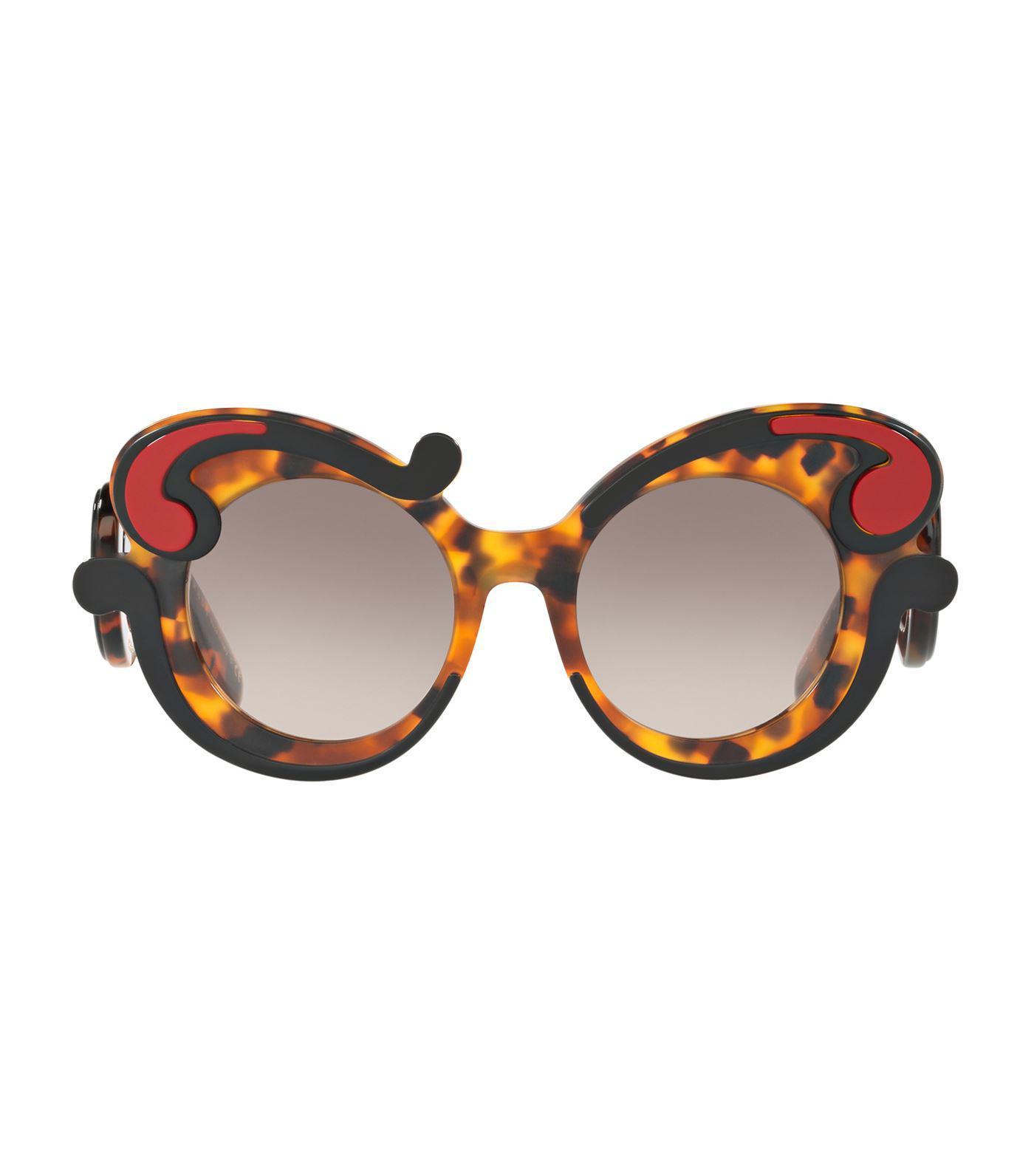 27b3c82861e Lyst - Prada Havana Minimal Baroque Sunglasses in Black