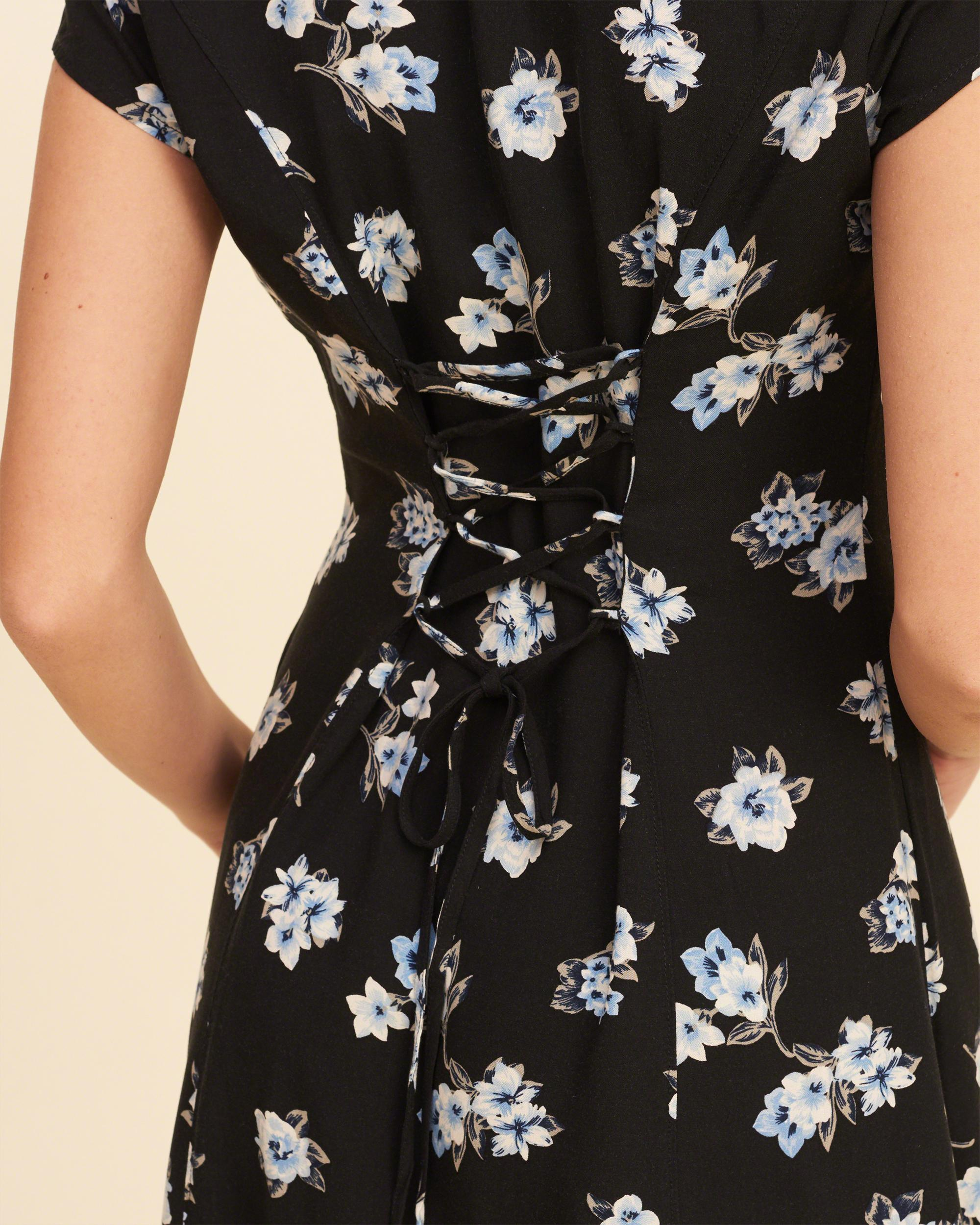 Lyst Hollister Lace Up Back Button Front Dress In Black