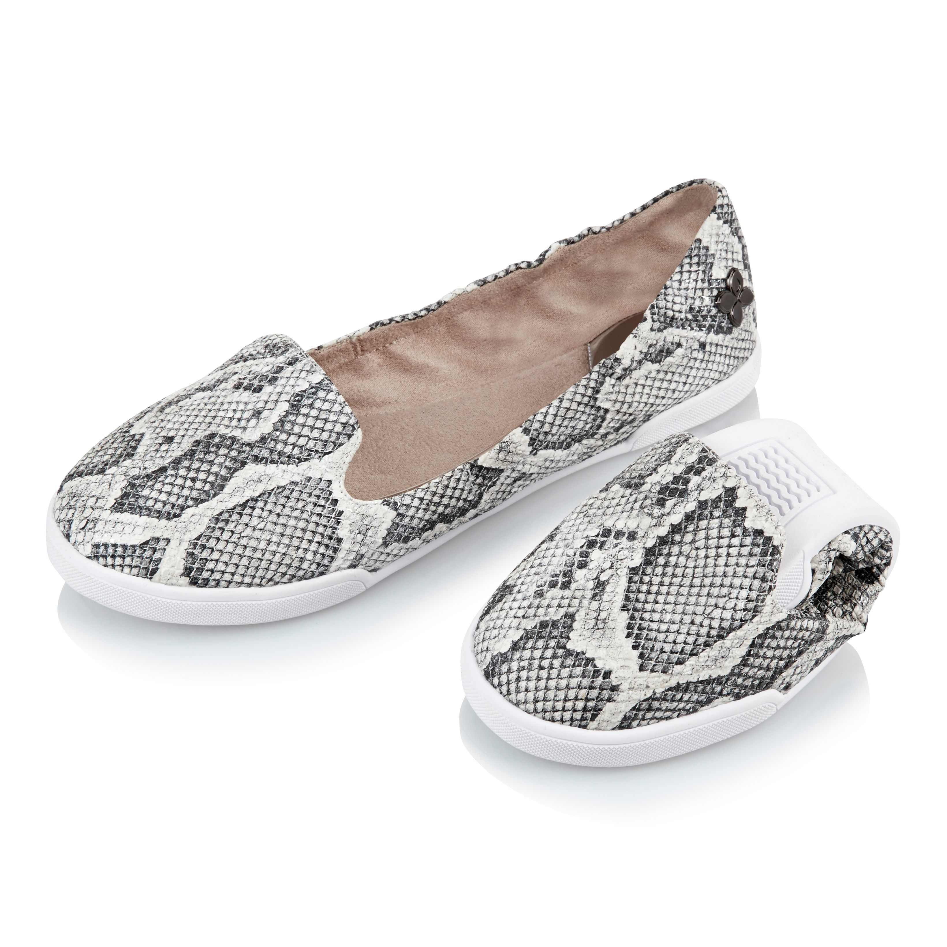 butterfly twists ballerina shoe in gray lyst. Black Bedroom Furniture Sets. Home Design Ideas