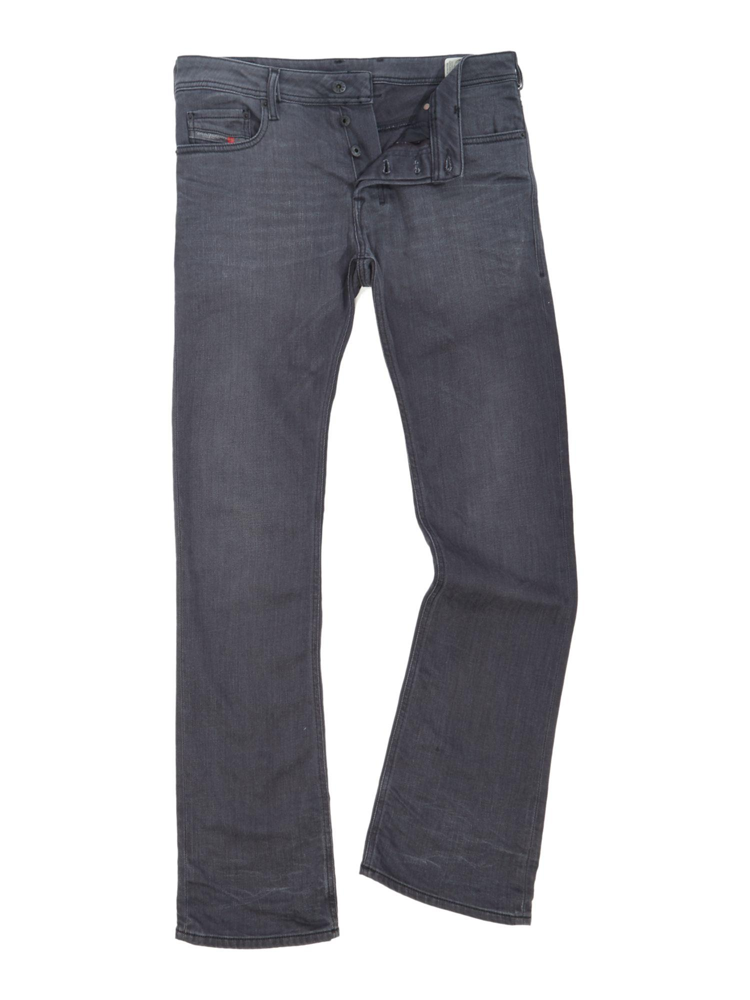 Bootcut Jeans for Guys. We are % digging Hollister's boot cut jeans for men this season. This relaxed fit with classic boot hem is a must-have in every guy's wardrobe.