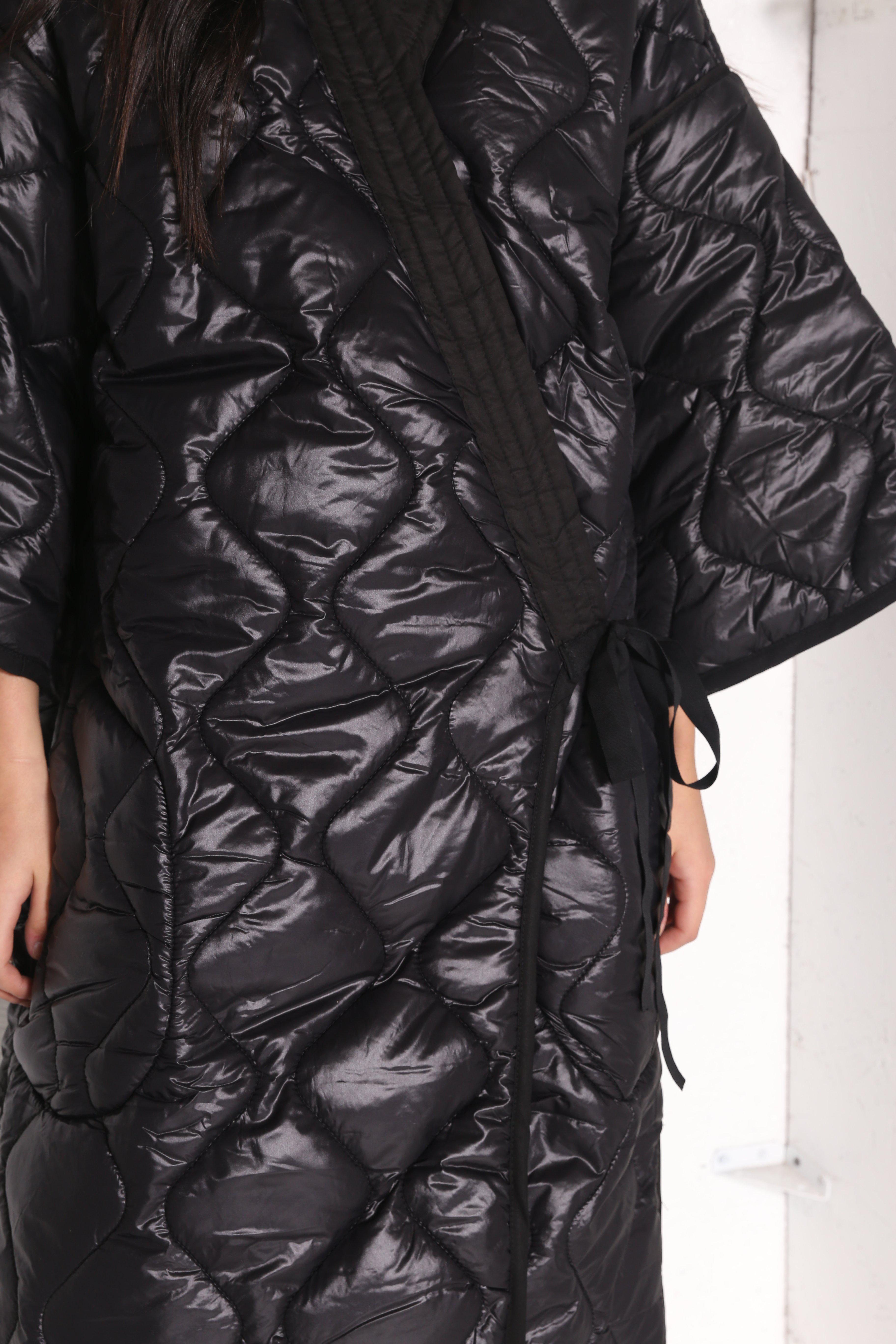 1a07e0944b Lyst - INTENTIONALLY        Often Puffer Black in Black