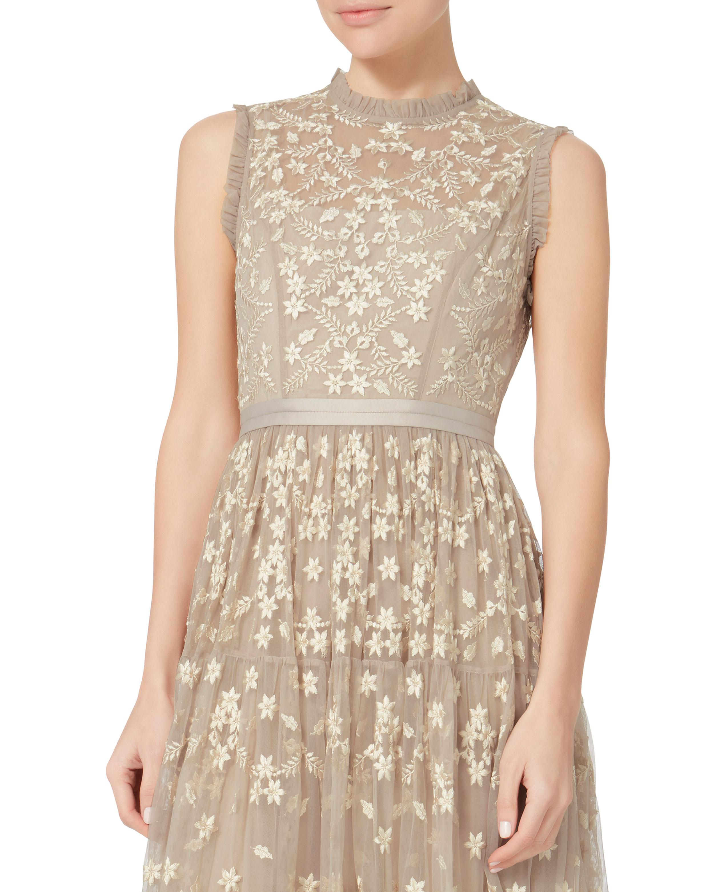 Lyst - Needle & Thread Clover-embellished Gown in Natural