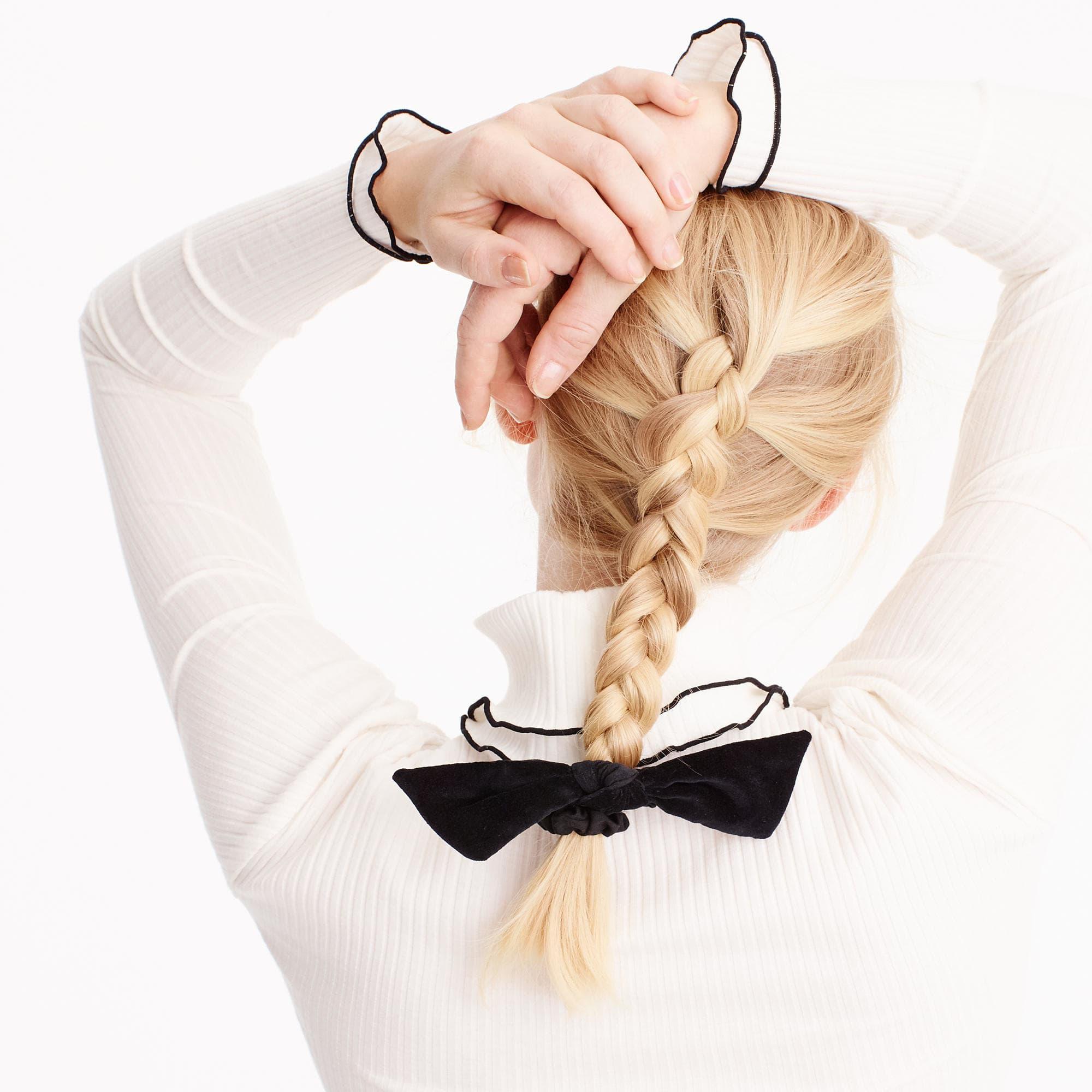 J.Crew Velvet Knot Hair Tie in Black - Lyst 858889f7f39