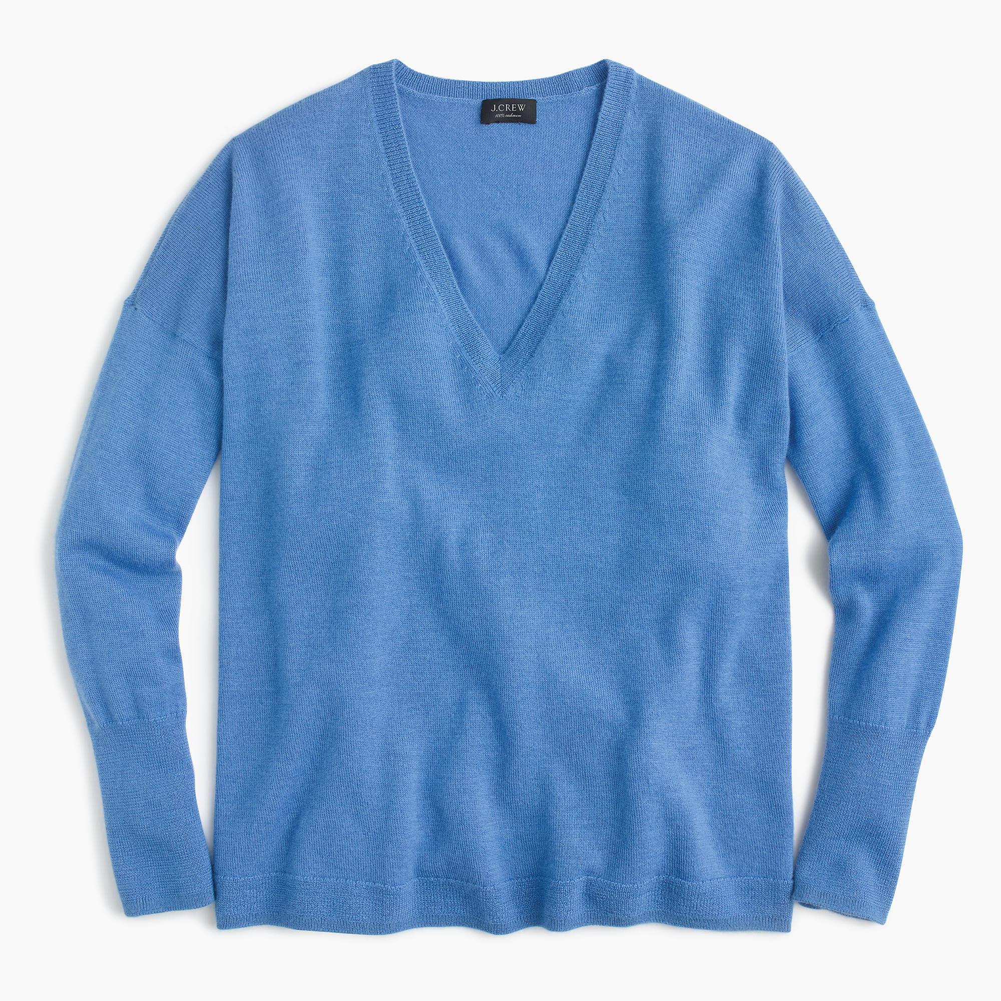 35e0bf534669 Lyst - J.Crew V-neck Boyfriend Sweater In Everyday Cashmere in Blue