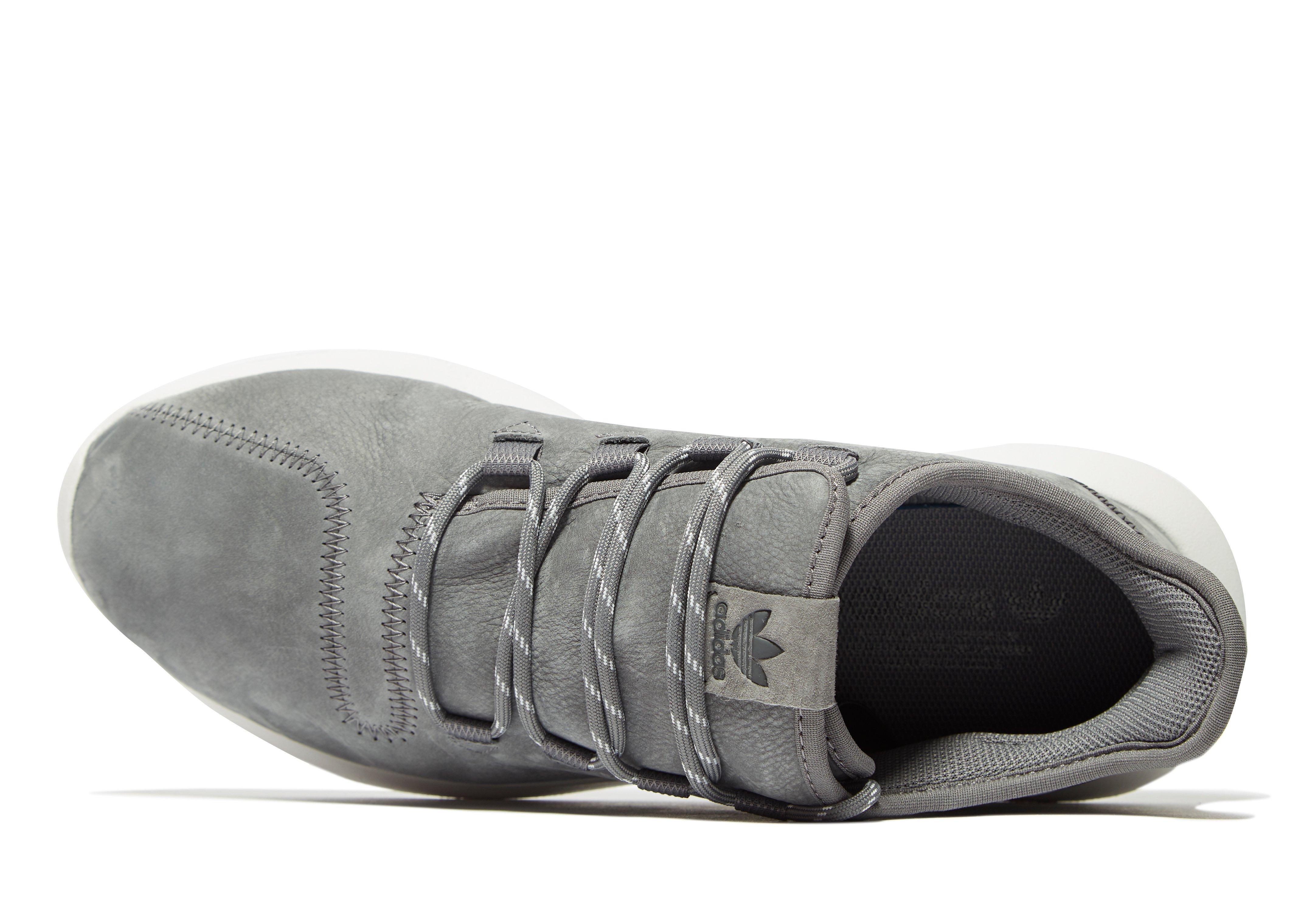 adidas originali tubulare ombra di pelle in grigio per gli uomini lyst