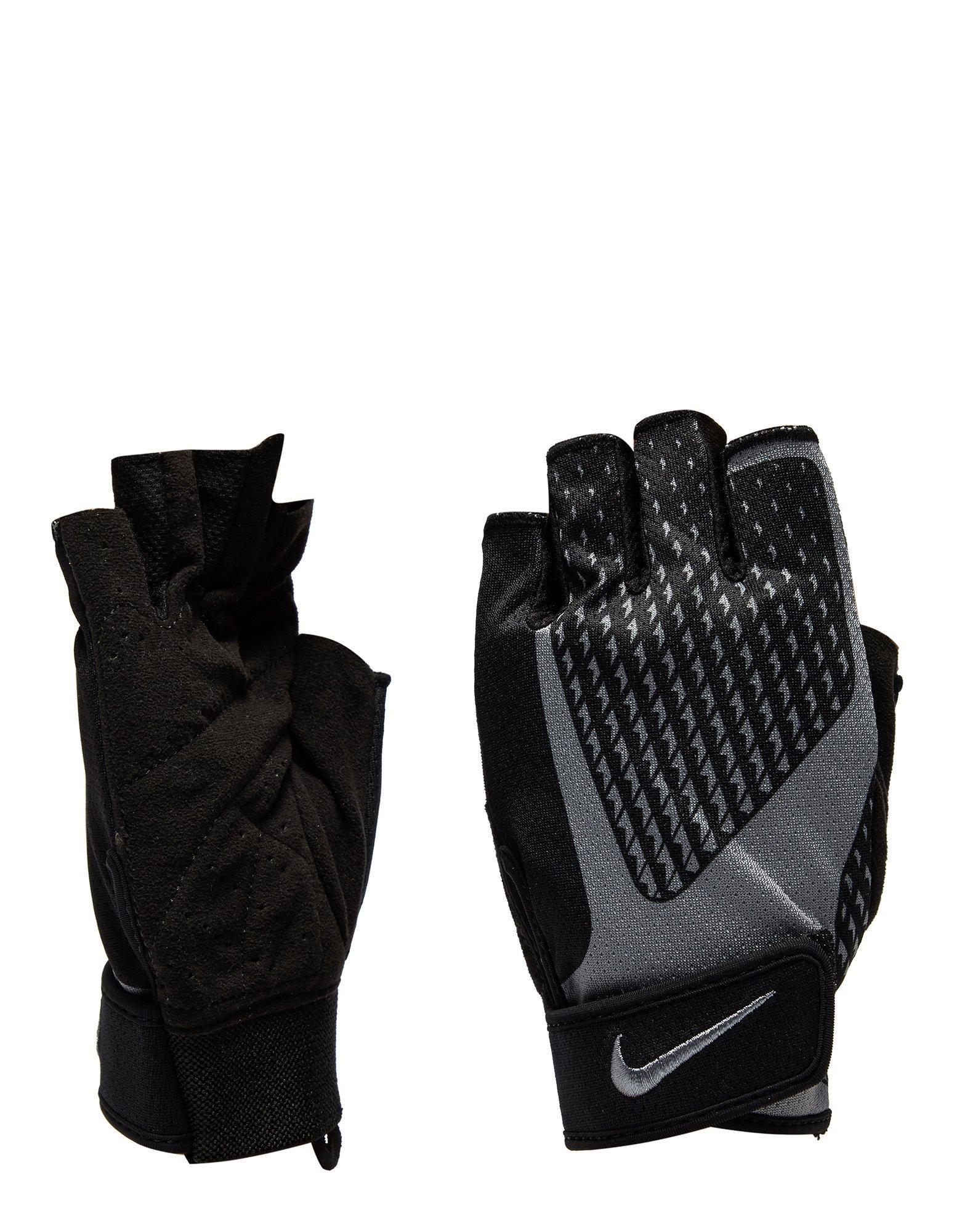 Nike. Men's Black Goal Keeper Gloves Junior
