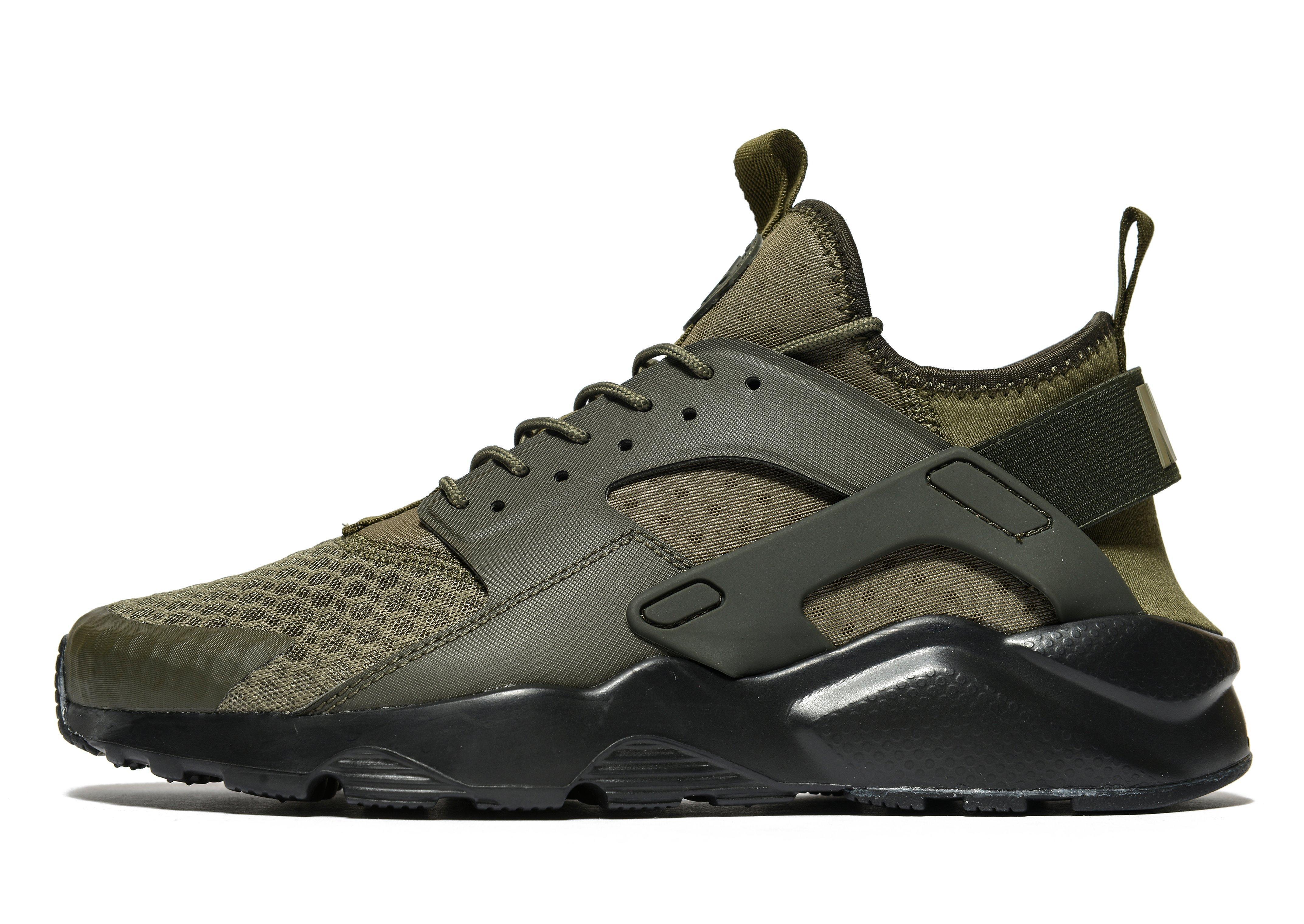 Men Out Khaki Shoes