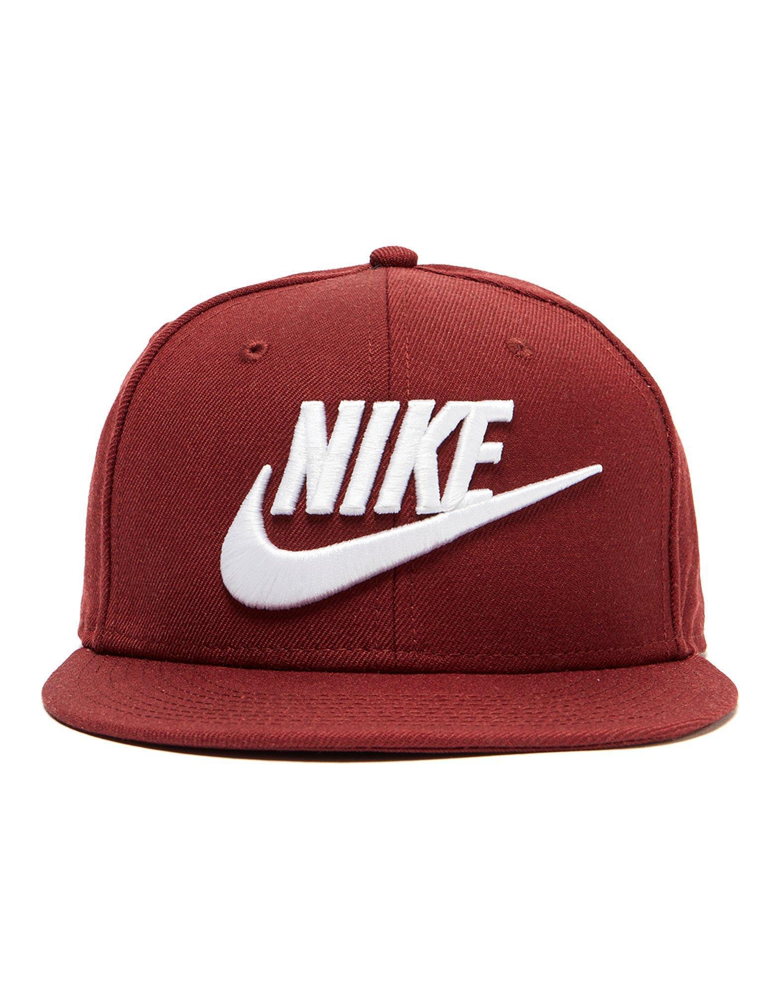 9d0b9222fa1 Lyst - Nike Futura True 2 Snapback Cap in Red for Men