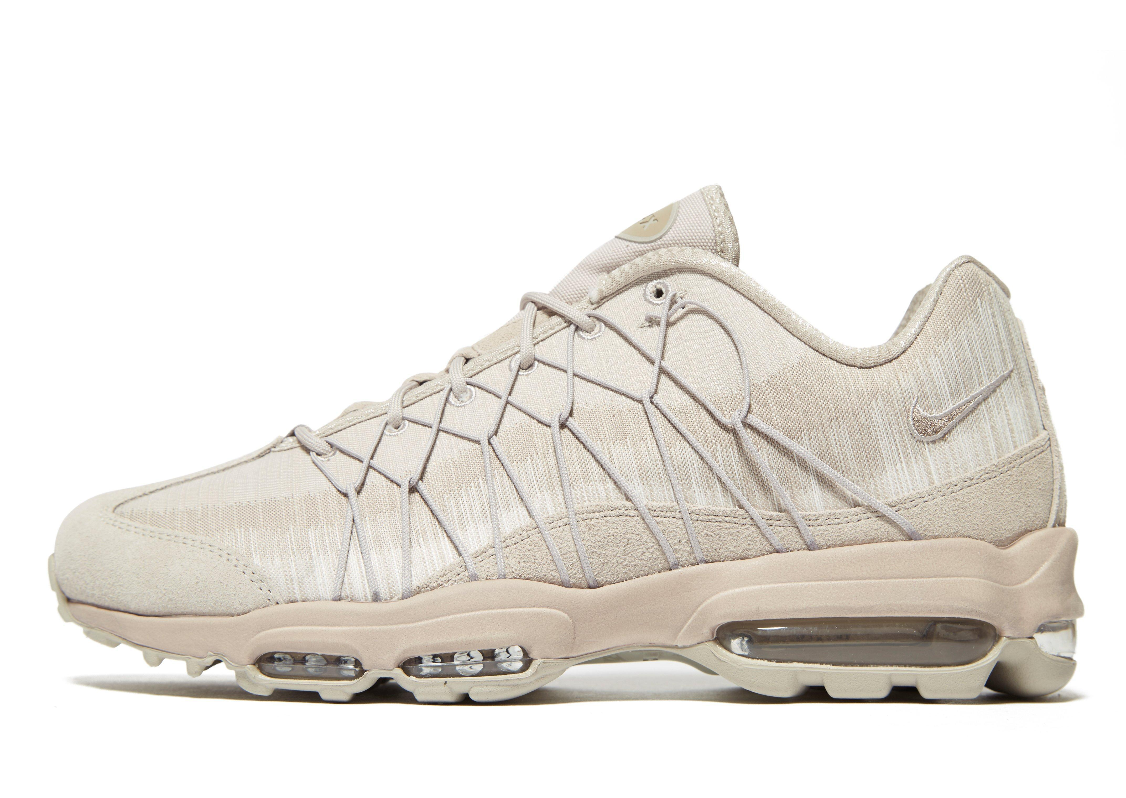 563caa423b8bc Gallery. Previously sold at: JD Sports · Men's Nike Air Max Trainers