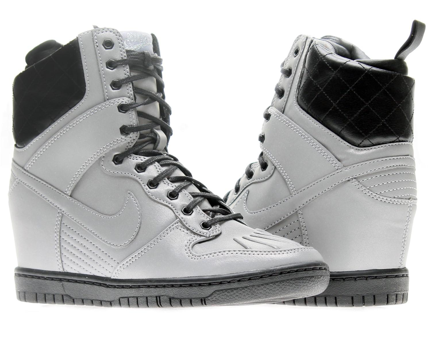 check out 3149e 1cdbf Nike Dunk Sky Hi Sneakerboot Premium Wedge Basketball Shoes Size 9 ...