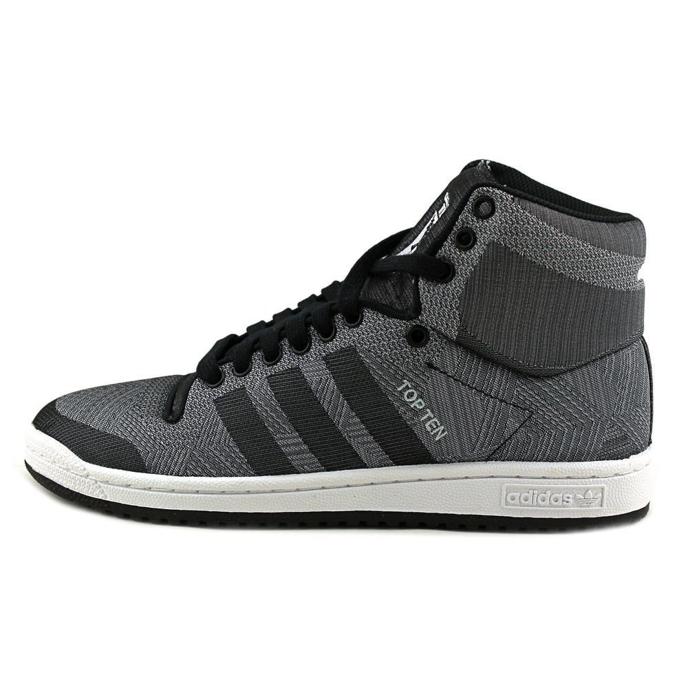 lyst adidas originali top 10 - 10 gray sneakers in tessuti uomini