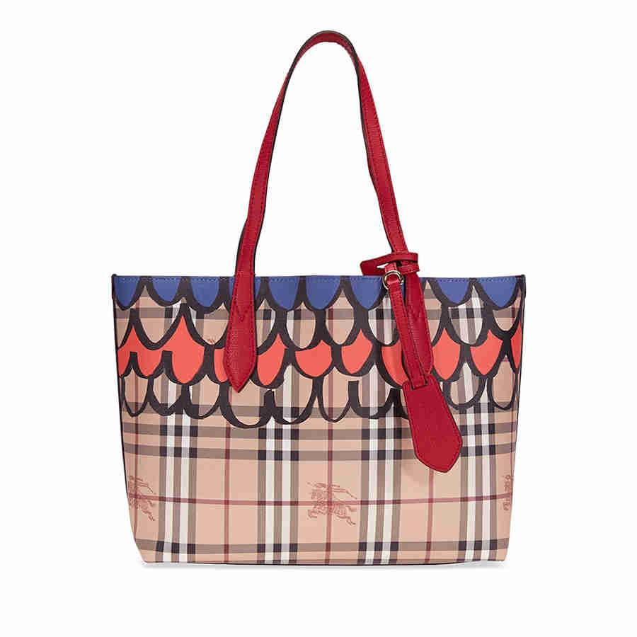 3657b8a7b704 Lyst - Burberry The Small Reversible Tote In Trompe L oeil Print in Red