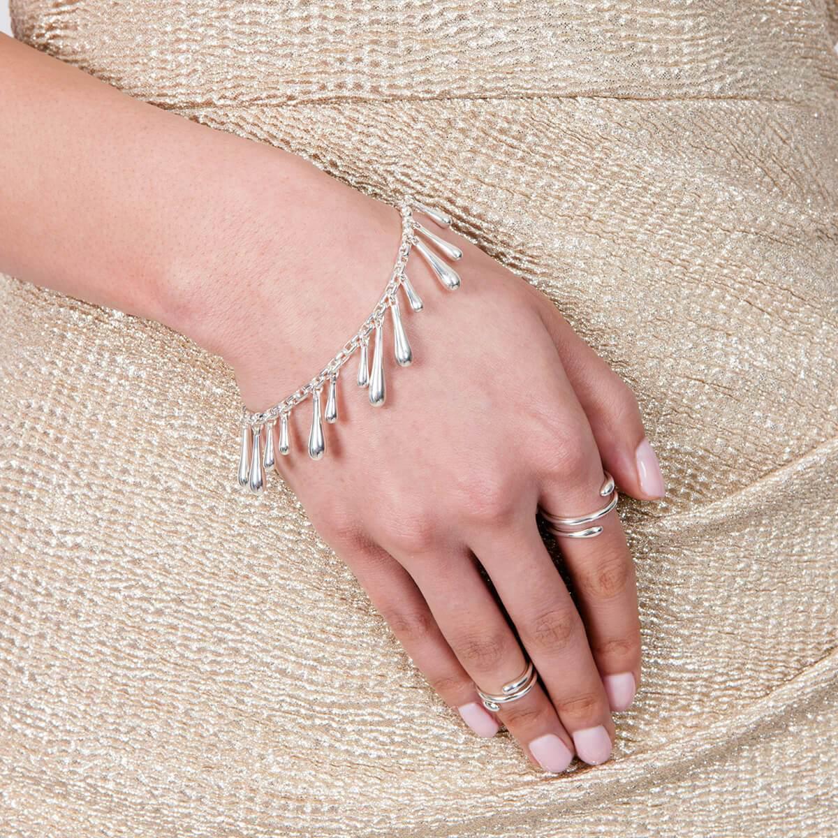 Lucy Quartermaine Multi Drop Bracelet Rose Gold Plated IVXdgA
