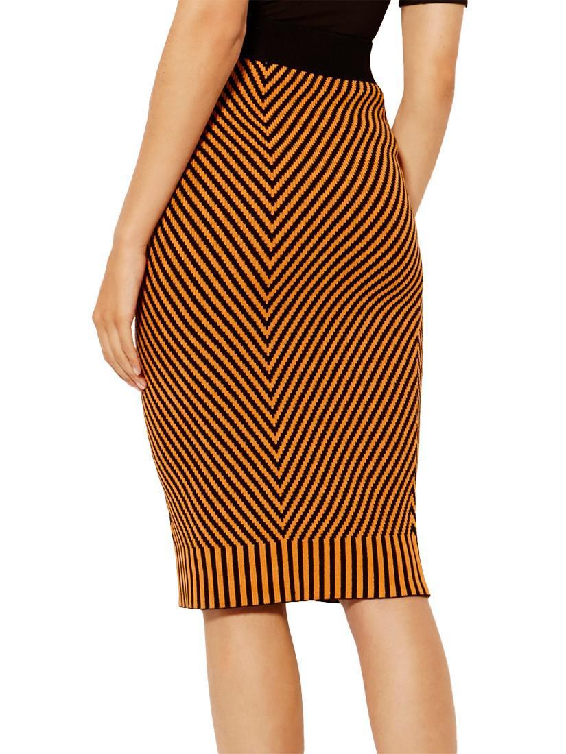 8b535ad7a7 Karen Millen Contrast Knitted Pencil Skirt - Lyst