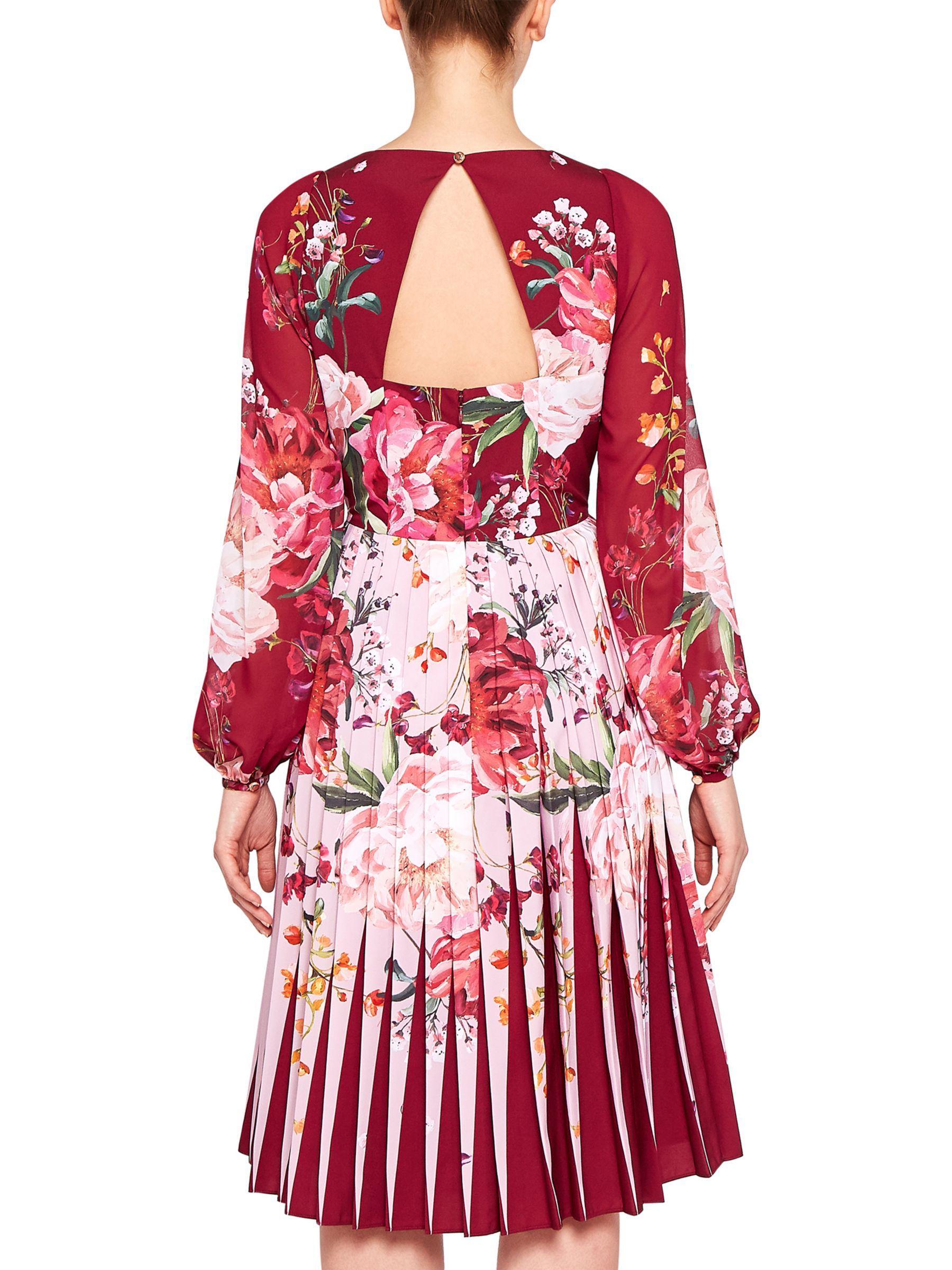 f01c7748f8eeb1 Ted Baker Esperan Serenity Contrast Pleat Dress in Red - Lyst