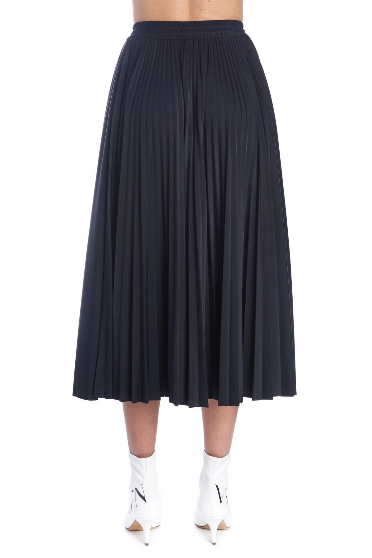 c7e4319e6 Valentino Logo Pleated Midi-skirt in Black - Lyst