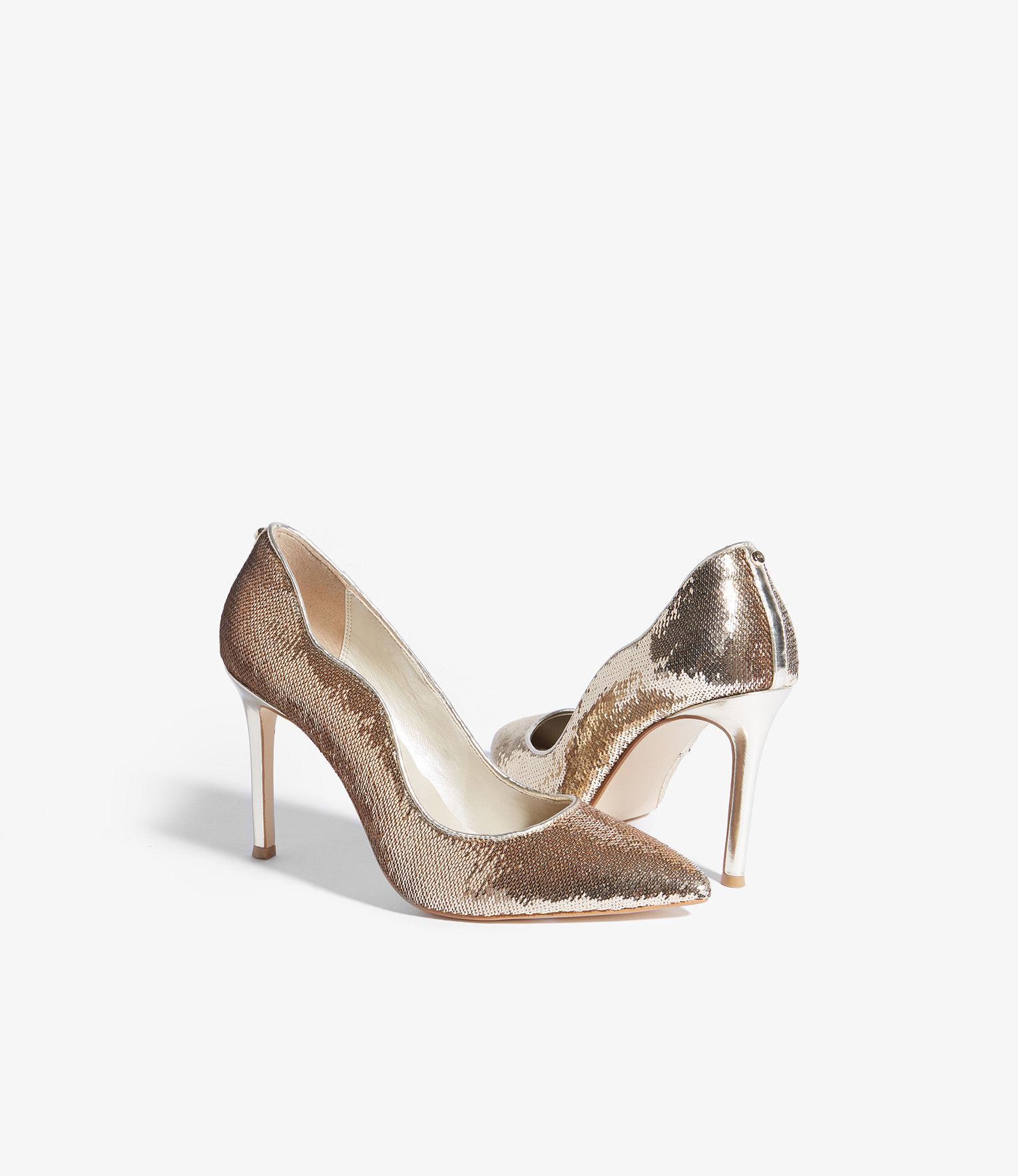 e8325f63451e Karen Millen - Metallic Sequined Court Shoes - Lyst. View fullscreen