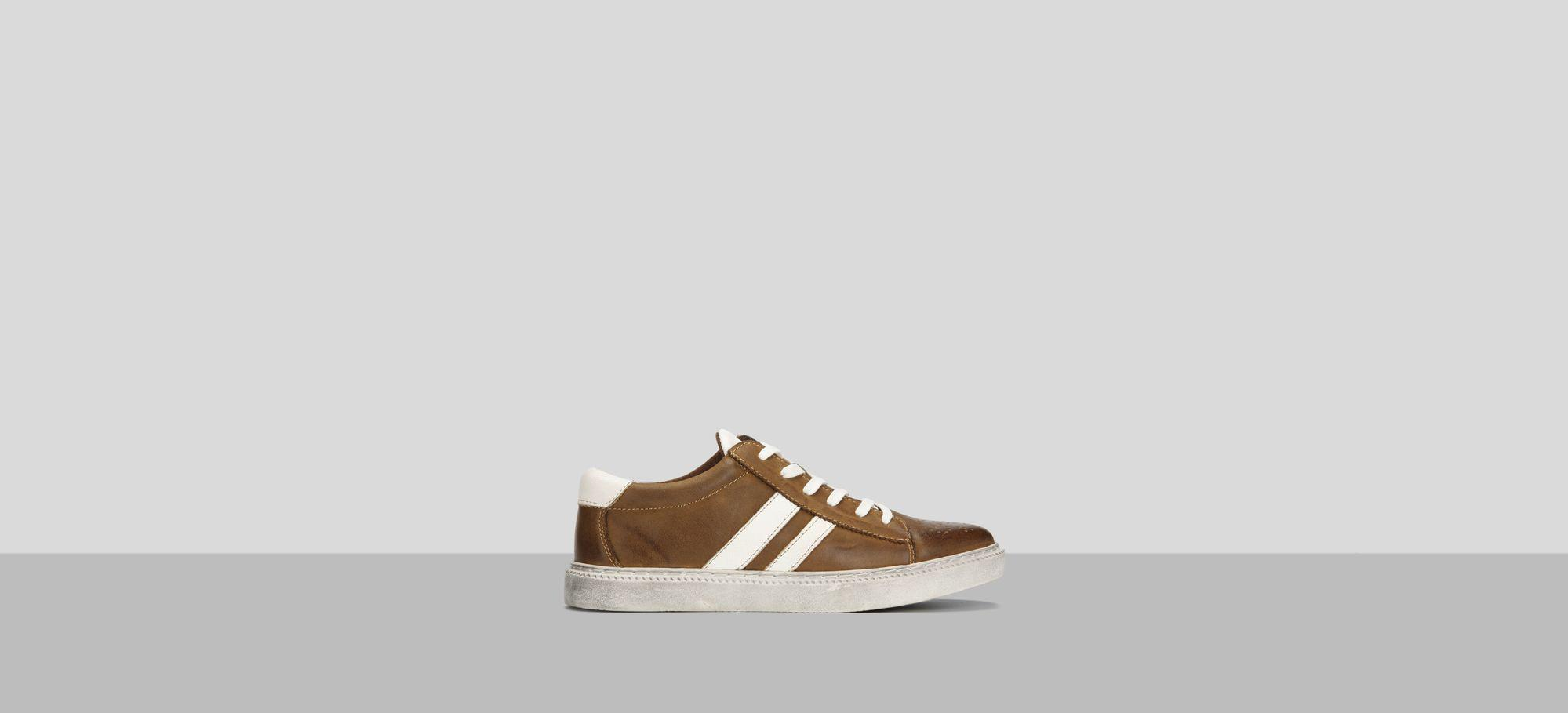Madox Nubuck Leather Sneaker Kenneth Cole Reaction