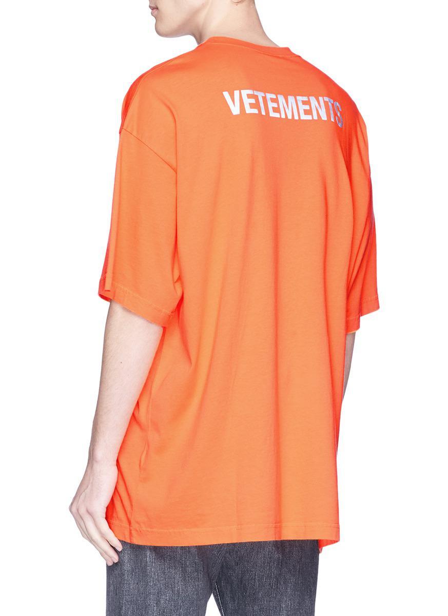 45725a61 Vetements 'staff' Print T-shirt in Orange for Men - Lyst