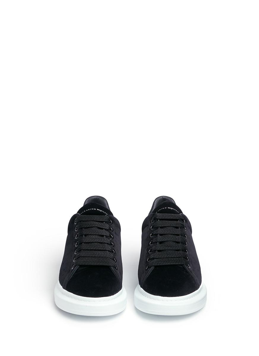 06ee9b772073 Lyst - Alexander McQueen  larry  Chunky Outsole Leather Collar ...