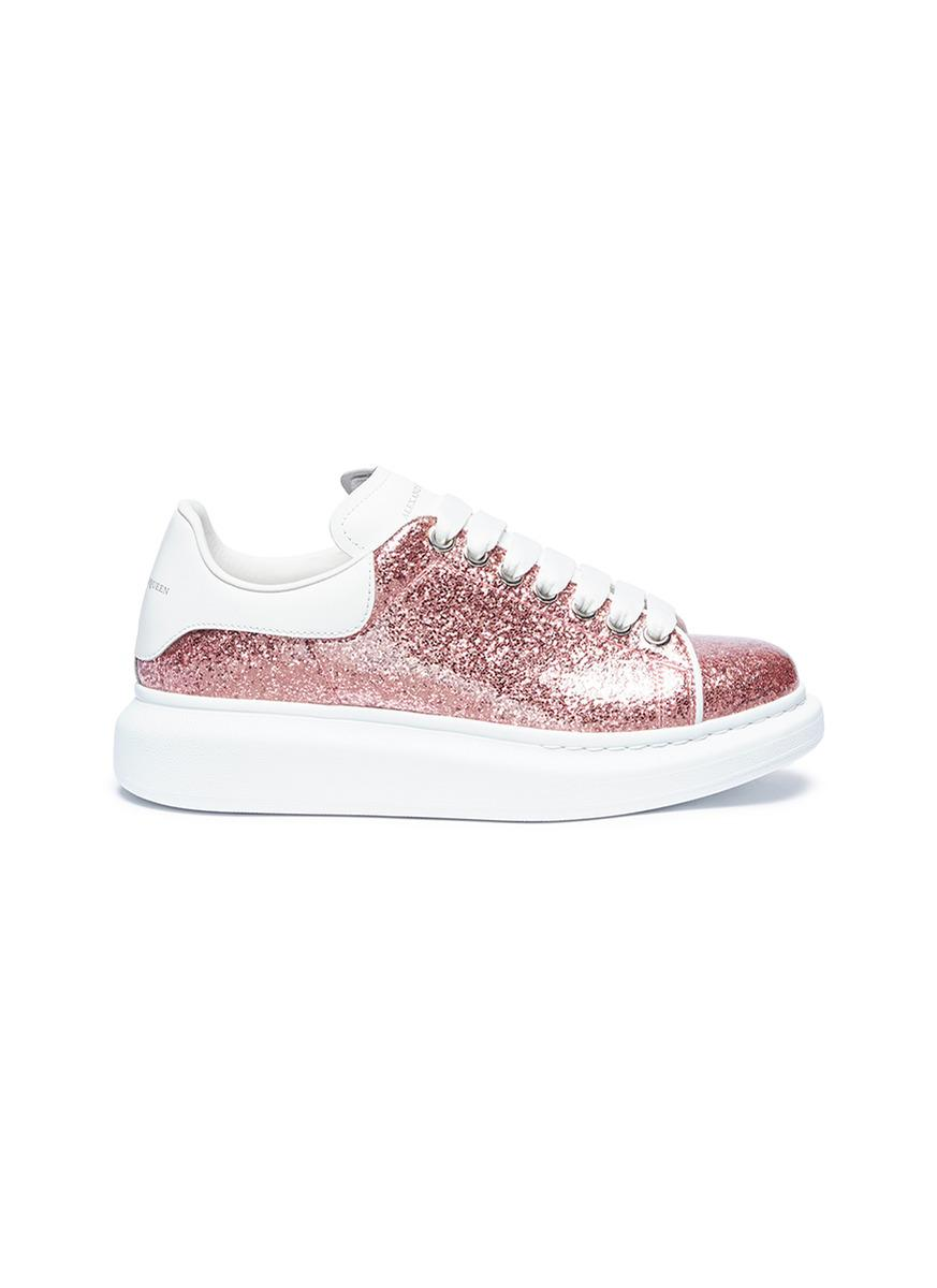 4bb604acb0c6 Alexander McQueen Glitter Lace-up Platform Sneakers in Pink - Lyst