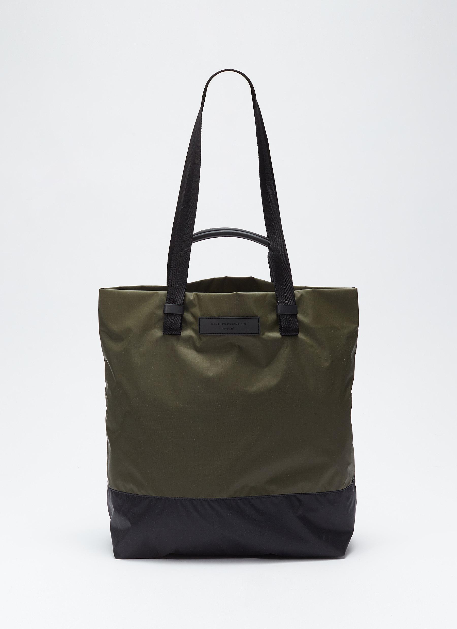 cca52b93b250 Want Les Essentiels De La Vie  dayton  Shopper Tote Bag for Men ...