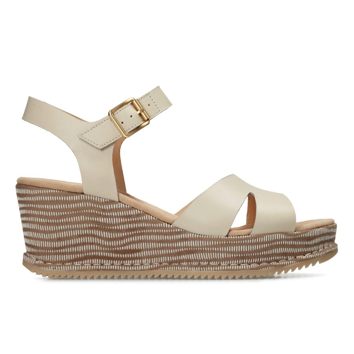 ClarksAKILAH EDEN - Platform sandals - white flVj1D0wLp