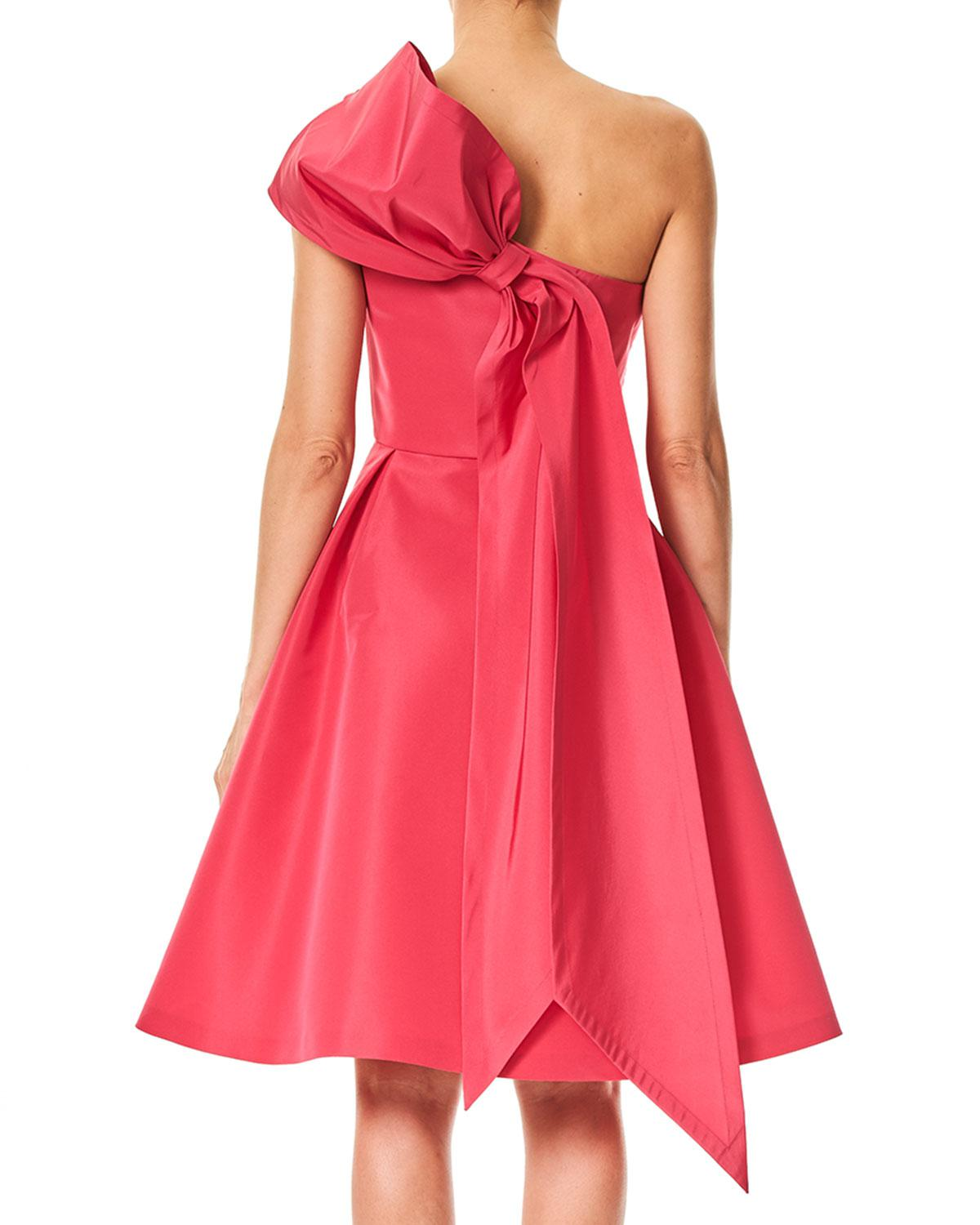 ce12cdafb7e Lyst - Carolina Herrera One-shoulder Cocktail Dress With Back Bow Detail in  Red - Save 30%