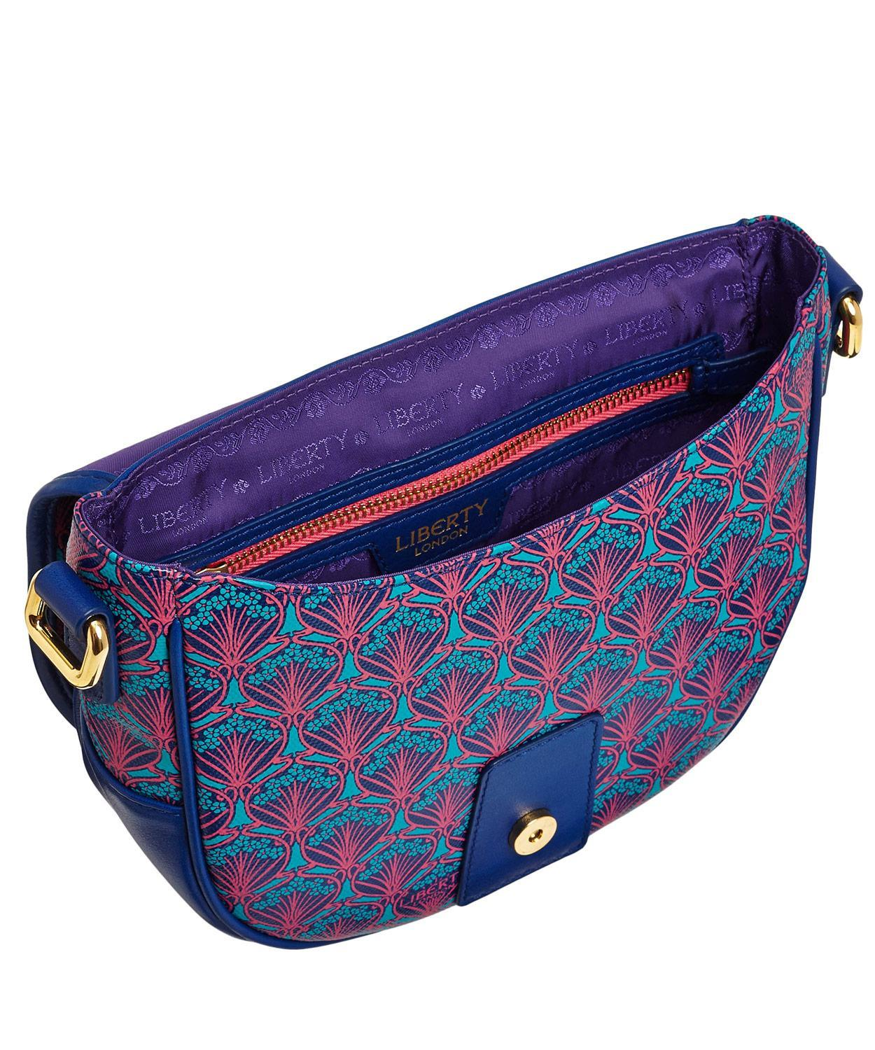 Feminine totes, duffels, purses, wallets, and more are available for less with Vera Bradley coupons. The company – launched by two friends in – supplies quilted cotton bags in eye-catching prints to more than 3, authorized retailers in the United States and Canada, as well as at adoption-funds.ml