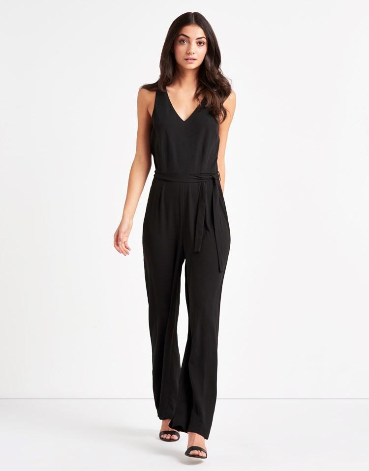 vero moda v neck wide leg tailored jumpsuit in black lyst. Black Bedroom Furniture Sets. Home Design Ideas