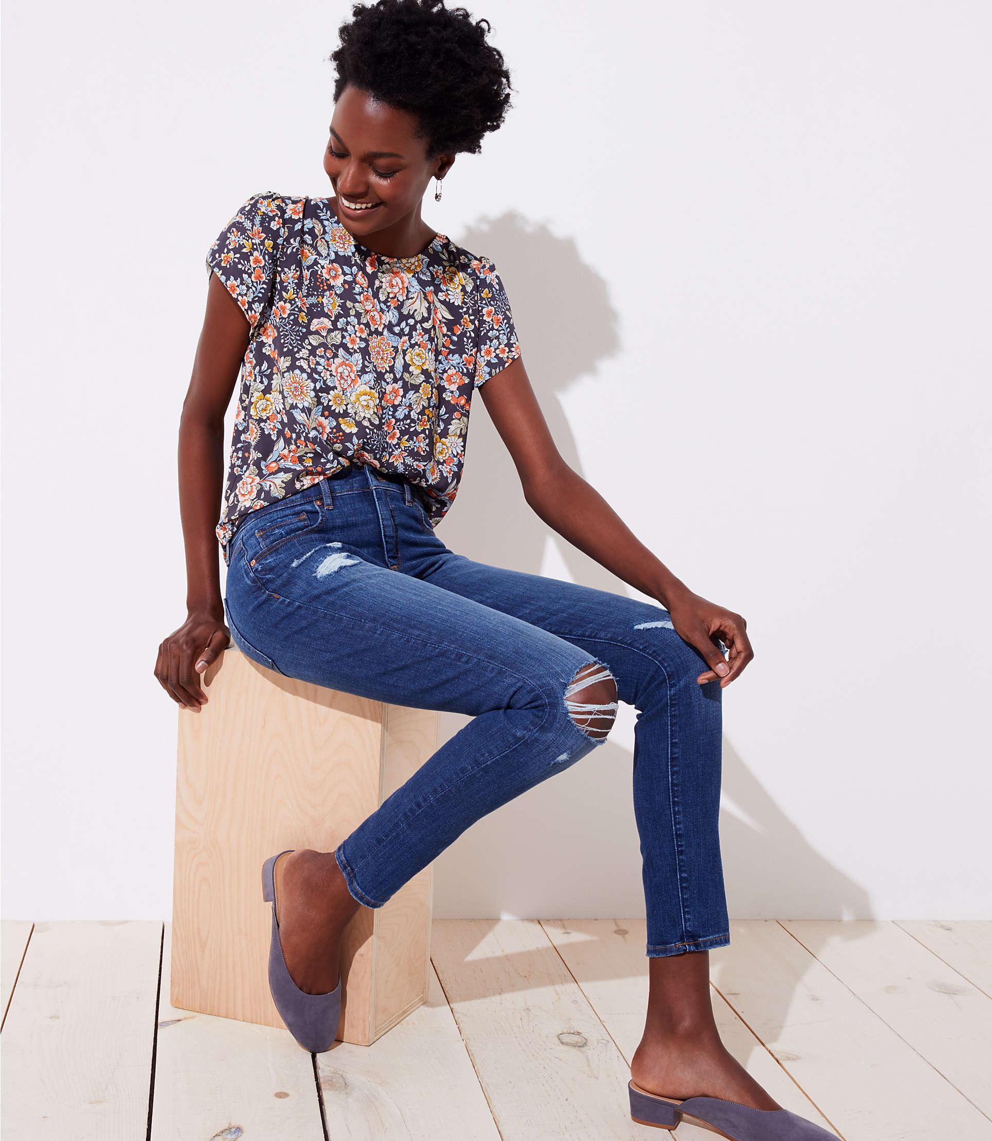 aeaf46d8f7637 Lyst - LOFT Modern Destructed Slim Pocket Skinny Jeans In Mid Indigo ...
