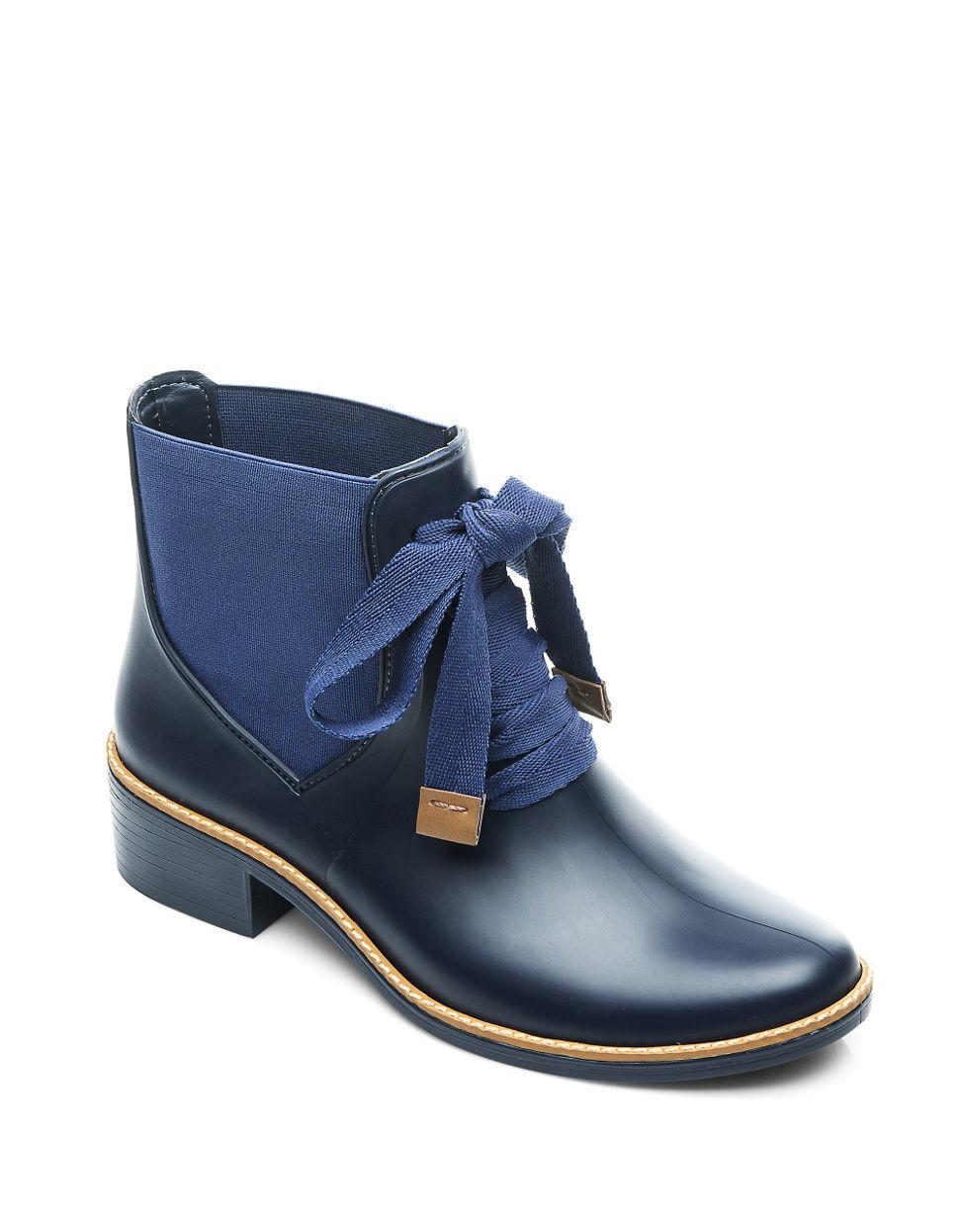 Bernardo Lacey Rain Booties in Blue | Lyst