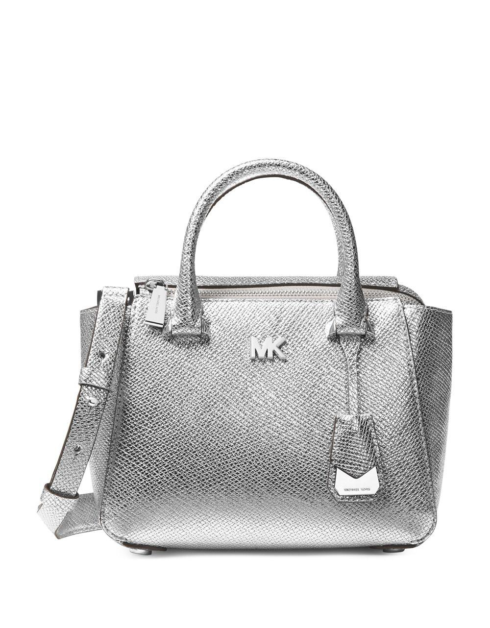 02edad4309a7 Gallery. Previously sold at  Lord   Taylor · Women s Leather Messenger Bags