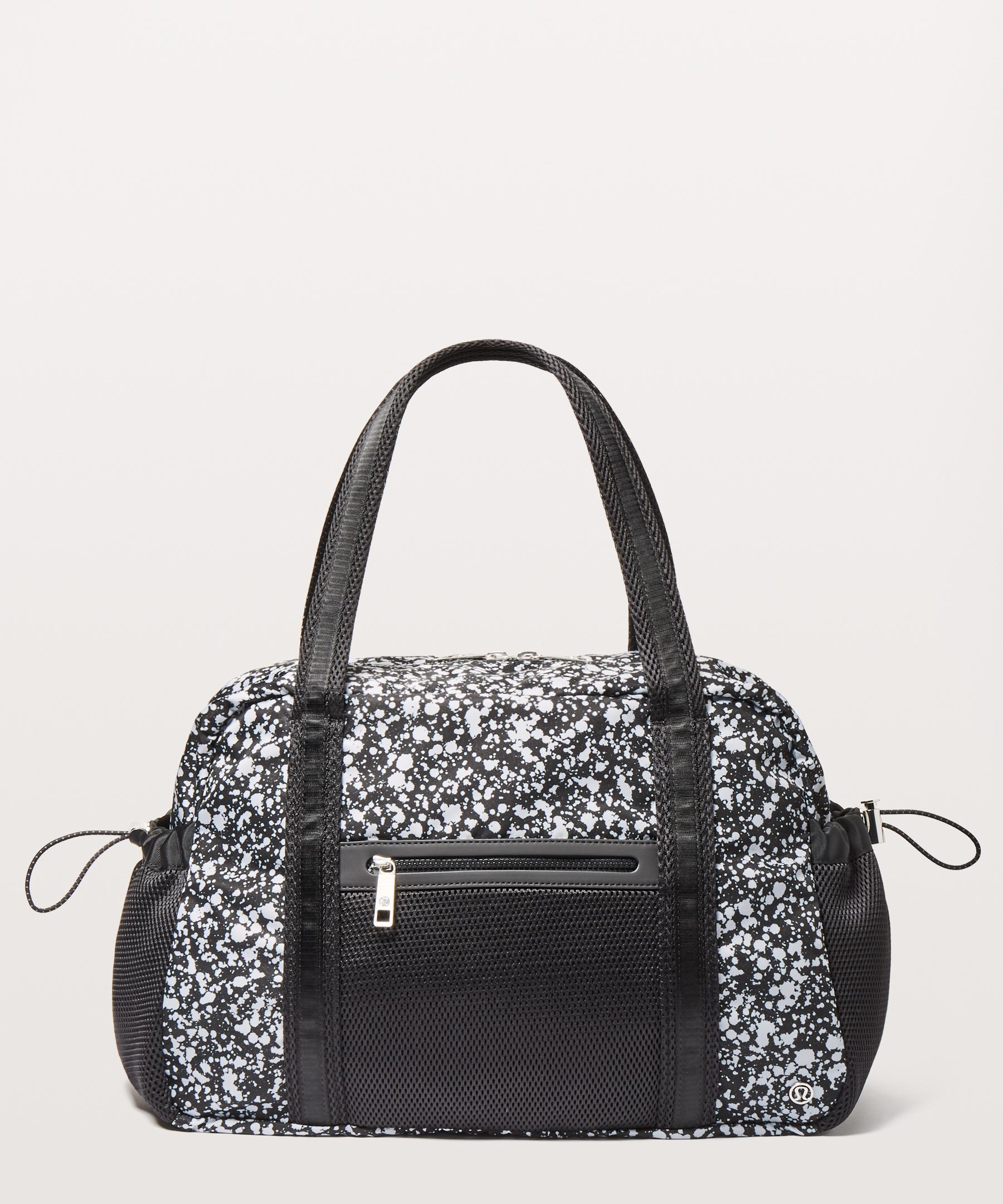 fbc251470940 Gallery. Previously sold at  lululemon athletica · Women s Duffel Bags ...