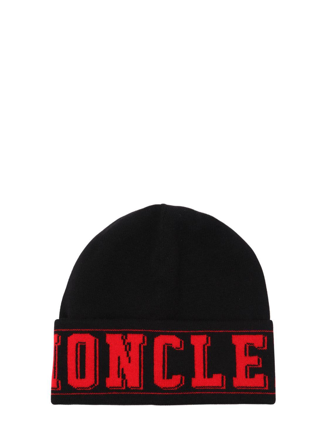 bc08a62a802 Lyst - Moncler Logo Knit Beanie Hat in Black for Men