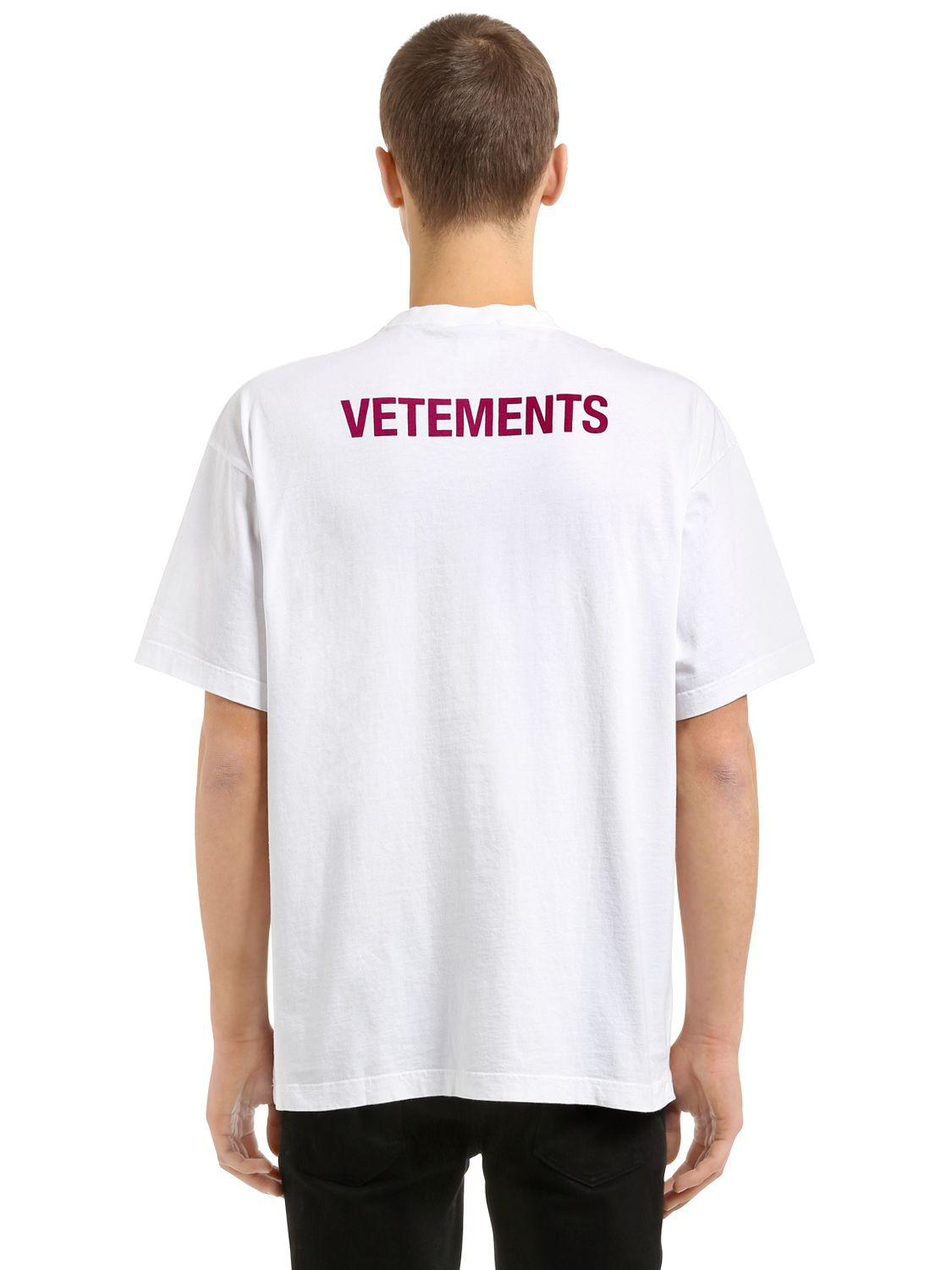 lyst vetements entry level staff printed jersey t shirt. Black Bedroom Furniture Sets. Home Design Ideas