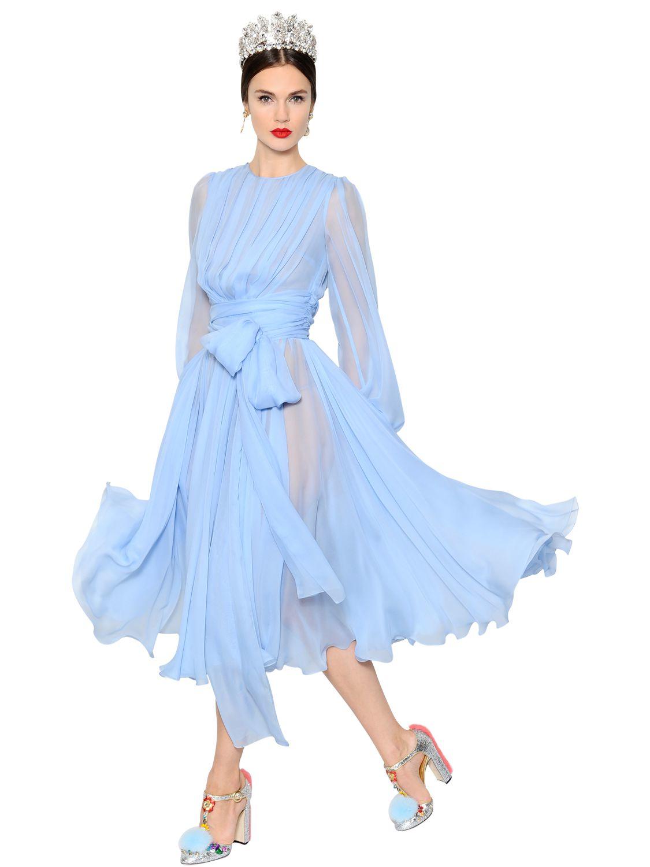Silk blue chiffon dress foto