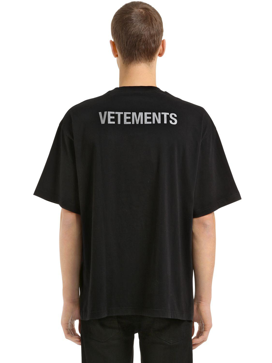 vetements oversize reflective staff jersey t shirt in. Black Bedroom Furniture Sets. Home Design Ideas