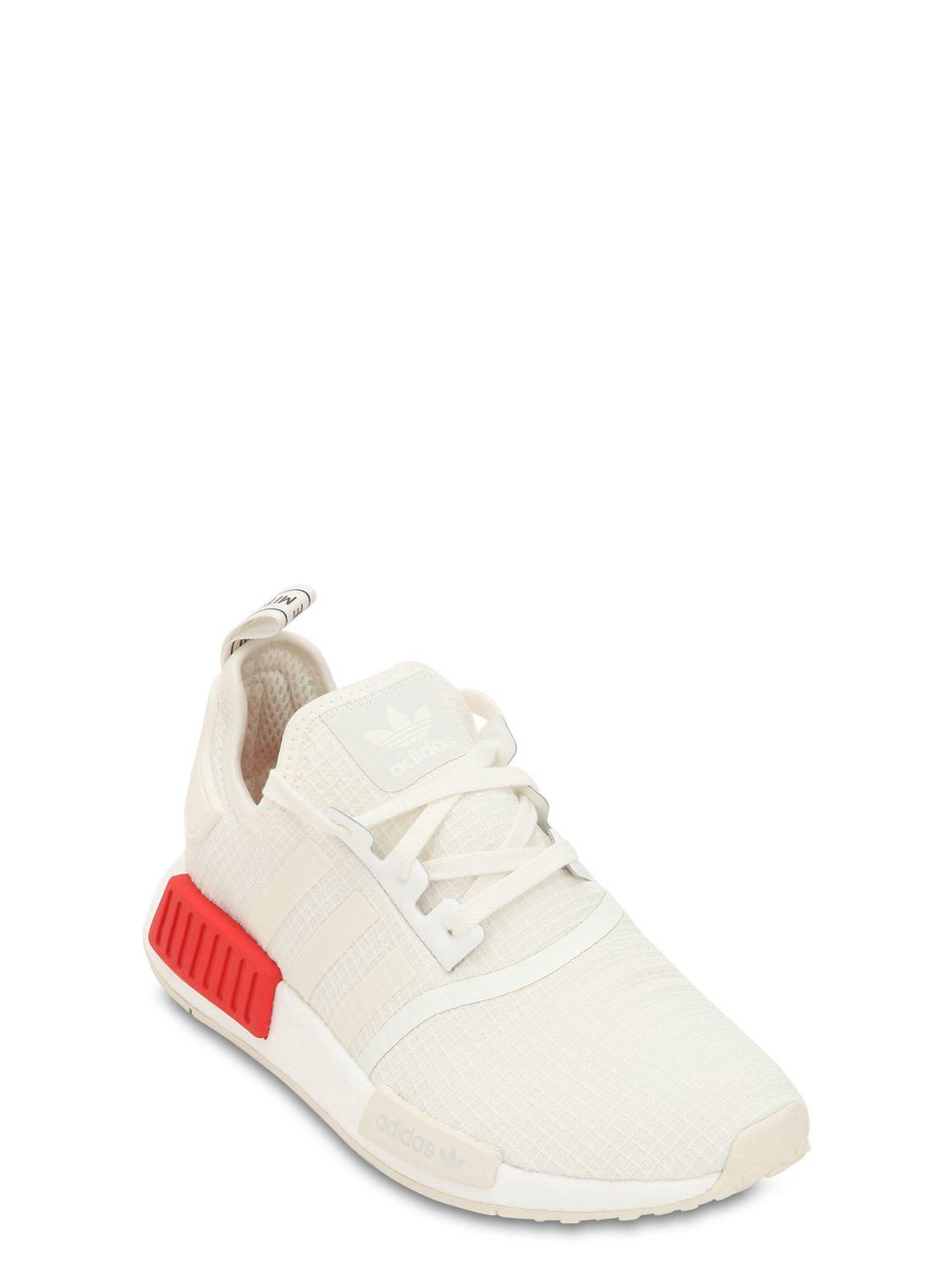 d069406a00ee0 Adidas Originals Nmd R1 Sneakers in White for Men - Lyst