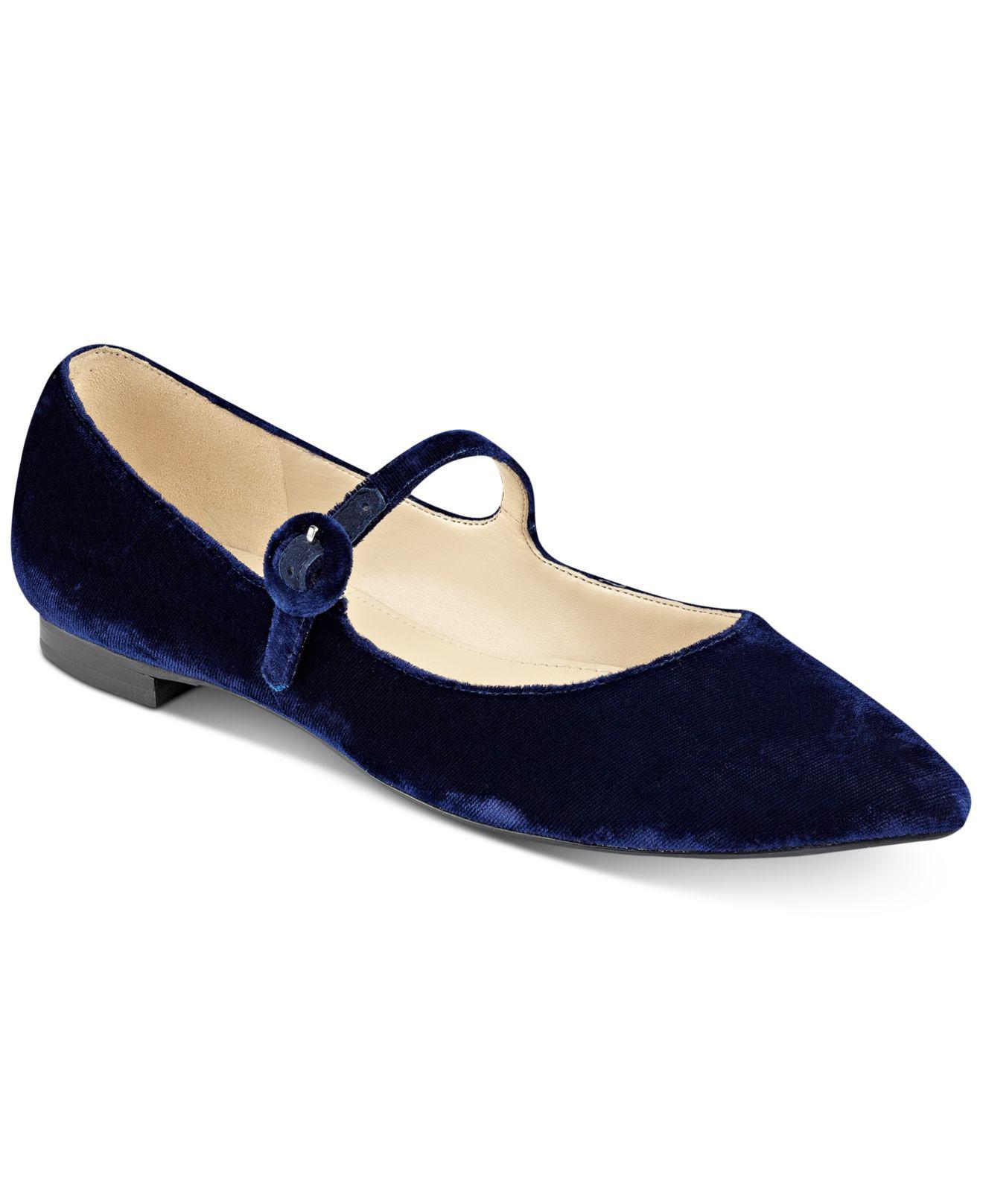 Naturalizer Pointed Toe Shoes