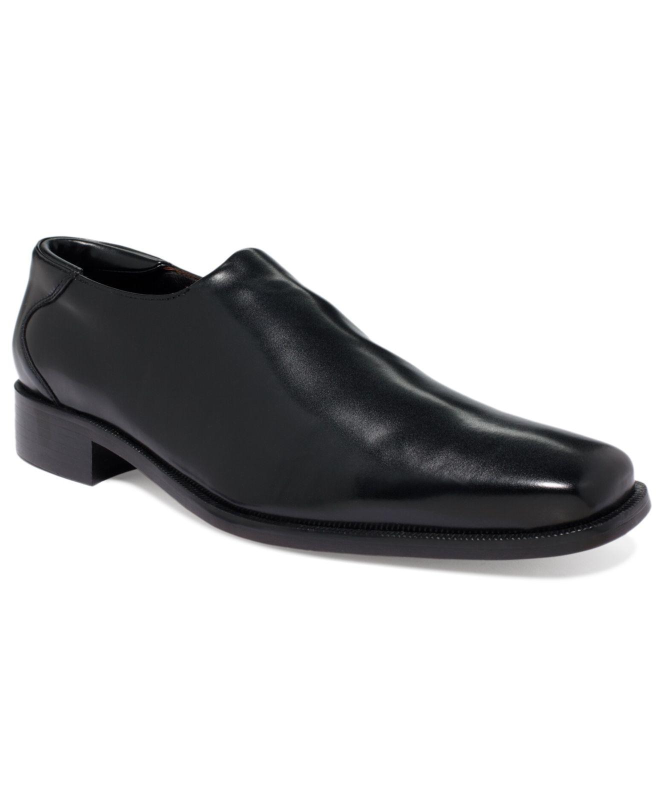 fb8538658a2 Donald J Pliner. Men s Black Shoes