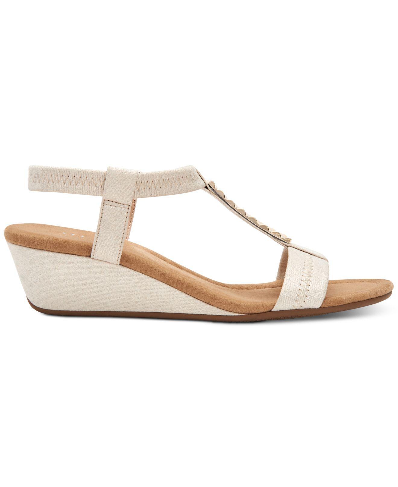 3d810c0fbb1f Lyst - Alfani Step  n Flex Viennaa Wedge Sandals