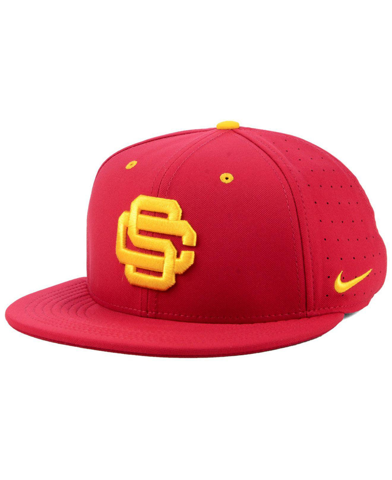 788363a26db27 ... sweden lyst nike usc trojans aerobill true fitted baseball cap in red  for men 58b1f f4120