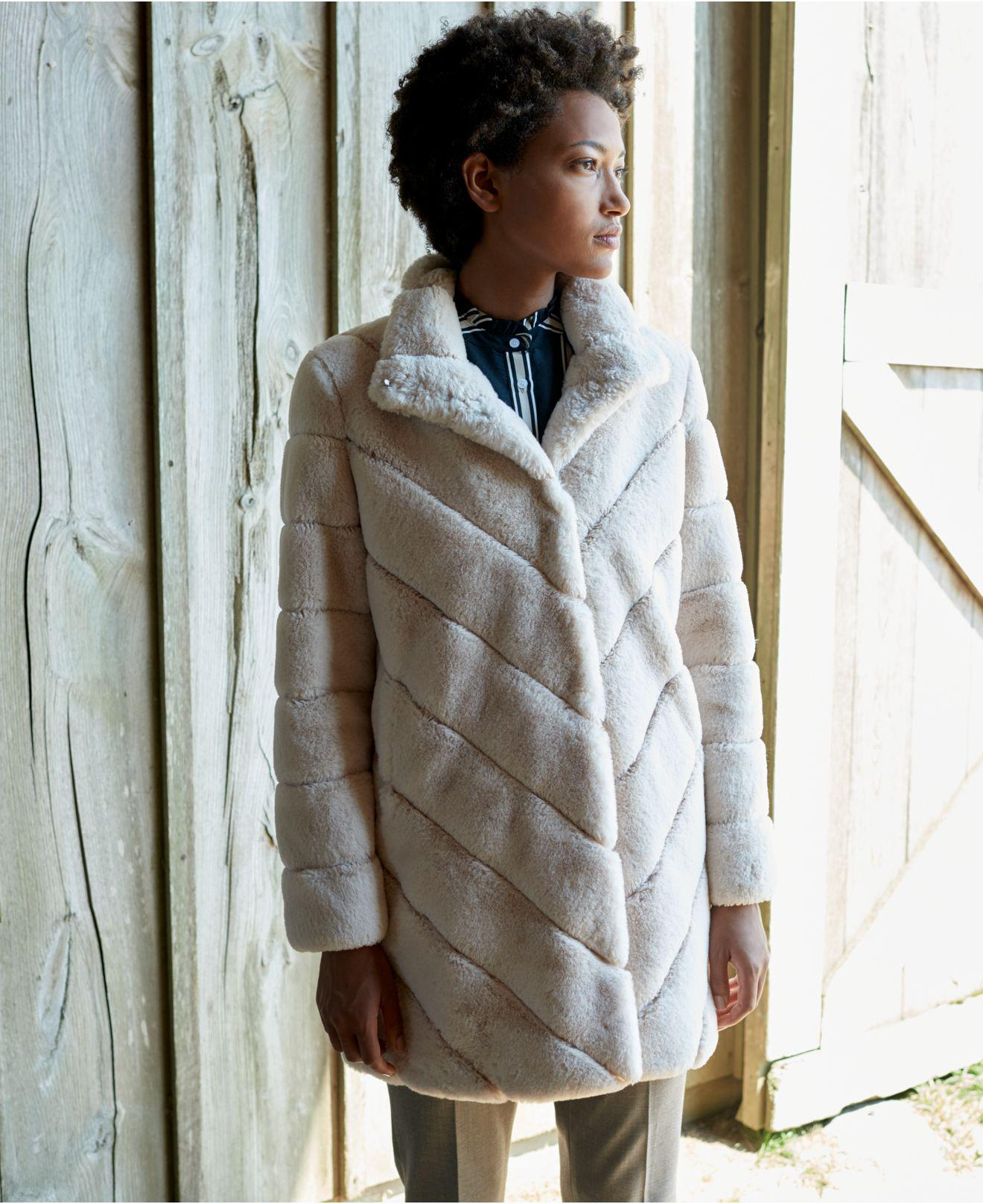 c2642c79f24b Lyst - CALVIN KLEIN 205W39NYC Chevron-quilted Faux-fur Coat in Pink